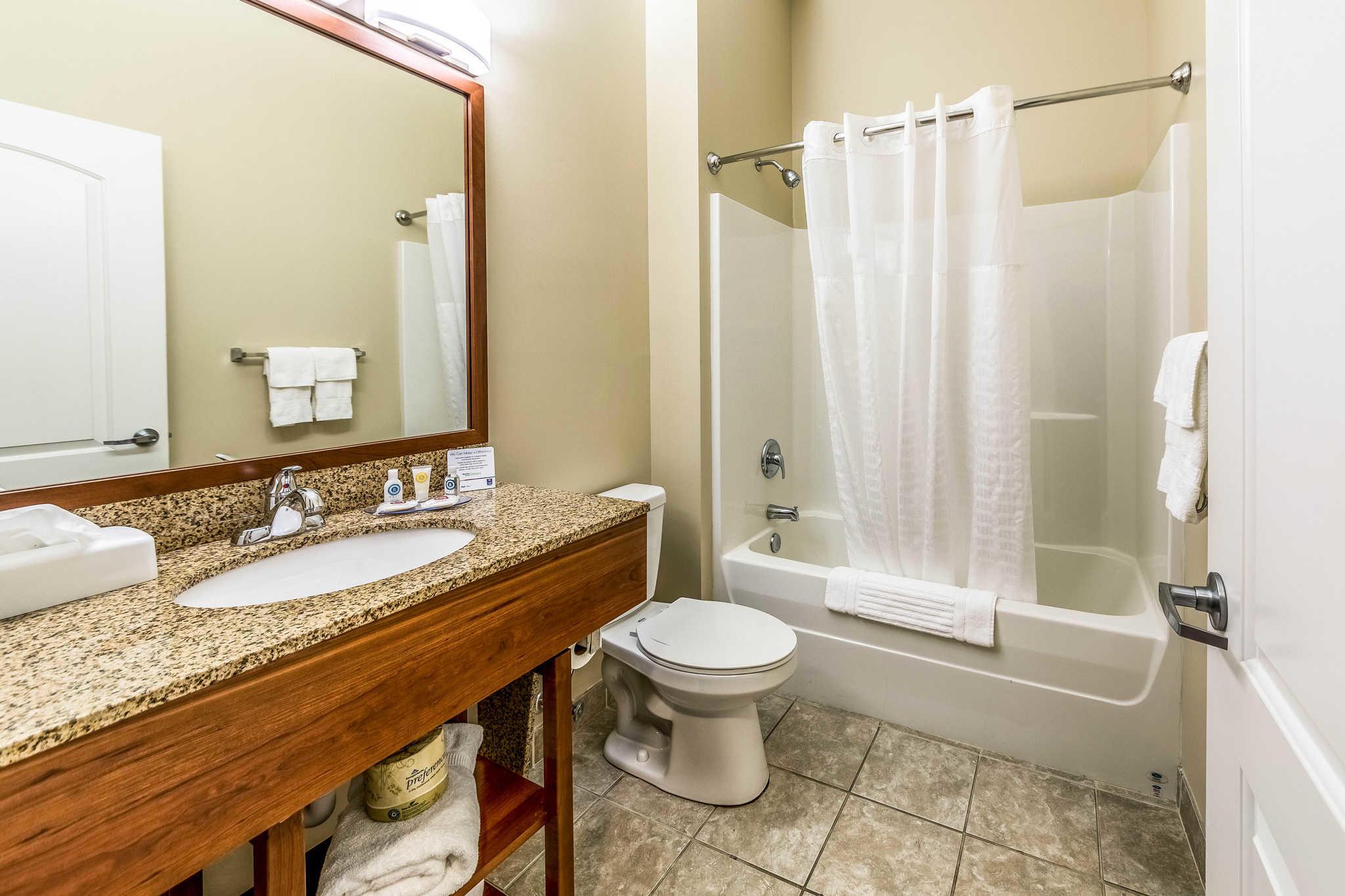 Comfort Inn & Suites Barnesville - Frackville image 11