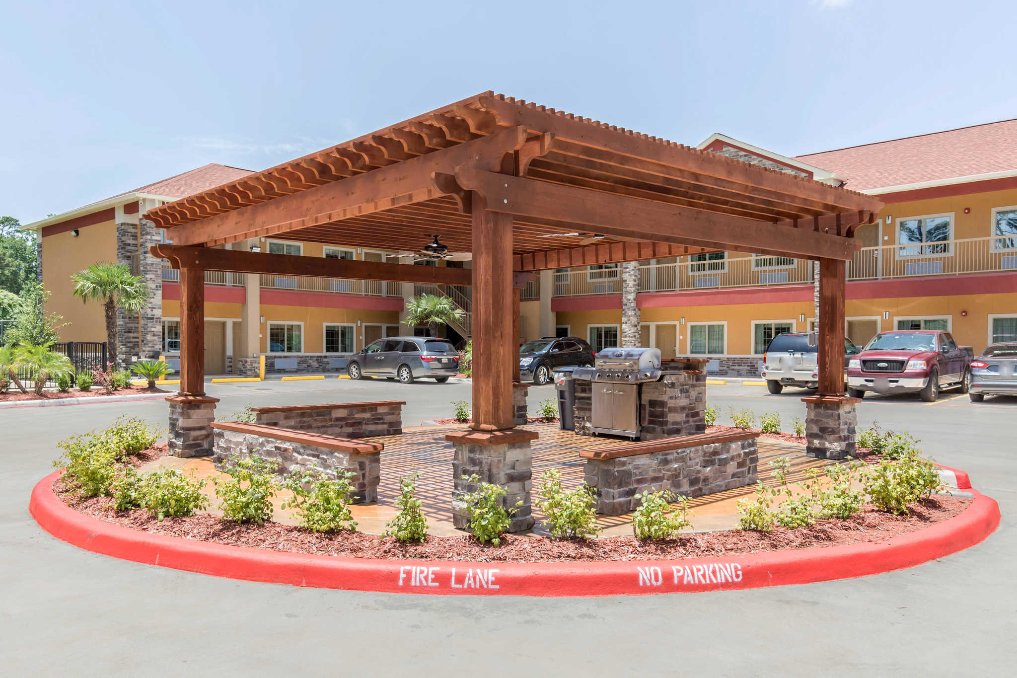 Econo Lodge Inn & Suites Spring - Houston North image 20