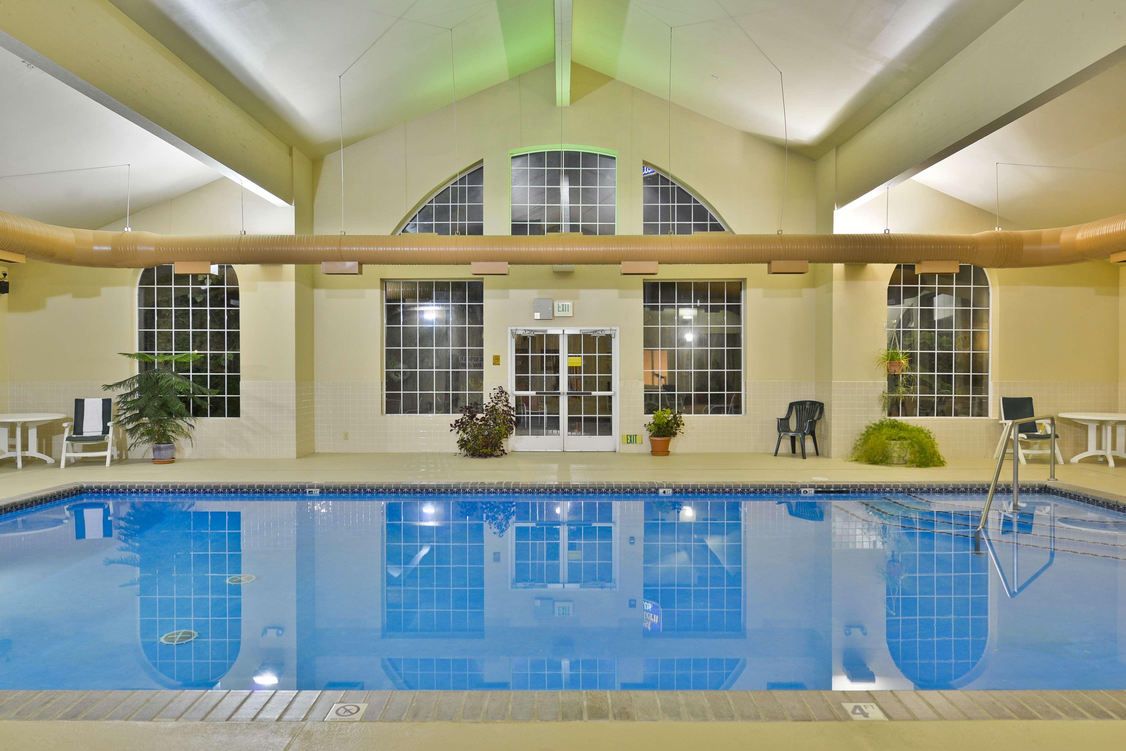 Best Western Plus Caldwell Inn & Suites image 13