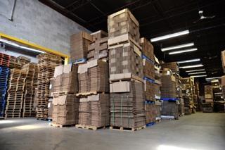 Produits de Papier Douglas Johnstone Division de D.J. Transport Inc. à Saint-Laurent