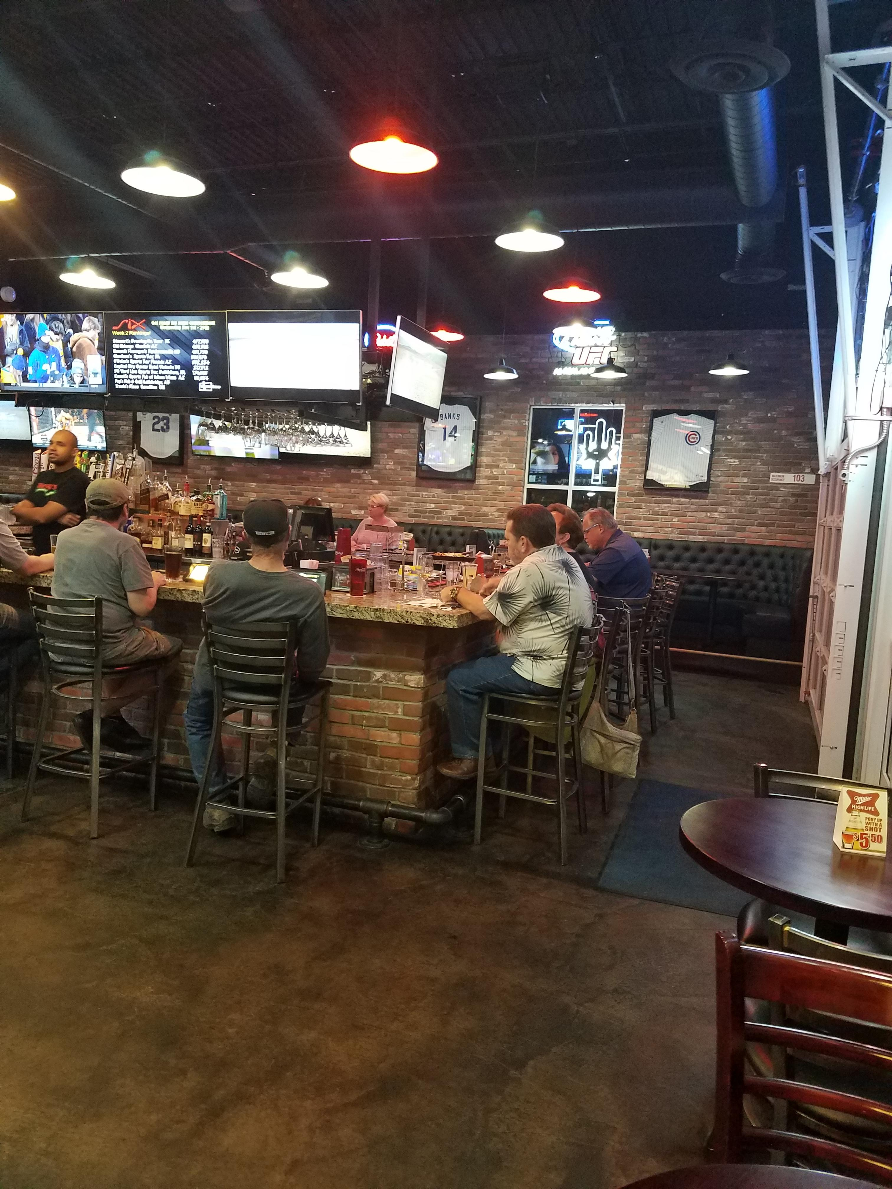 Rosatis pizza and sports bar image 1