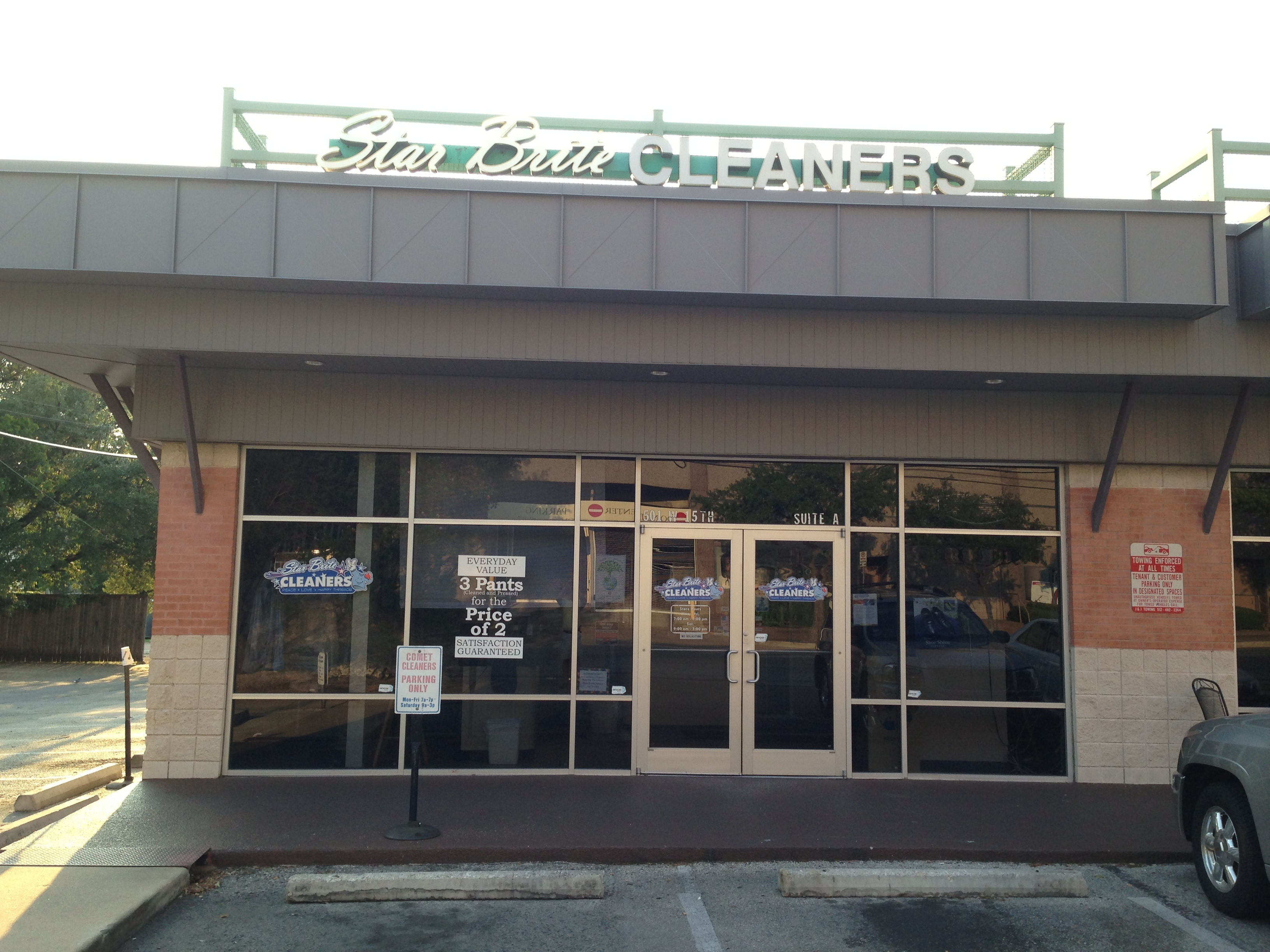 The Joint Chiropractic Gilbert, AZ is located on the Northeast corner of San Tan Village Parkway and Market Street, across from Bed, Bath and Beyond, near Hand and Stone Massage, next to .