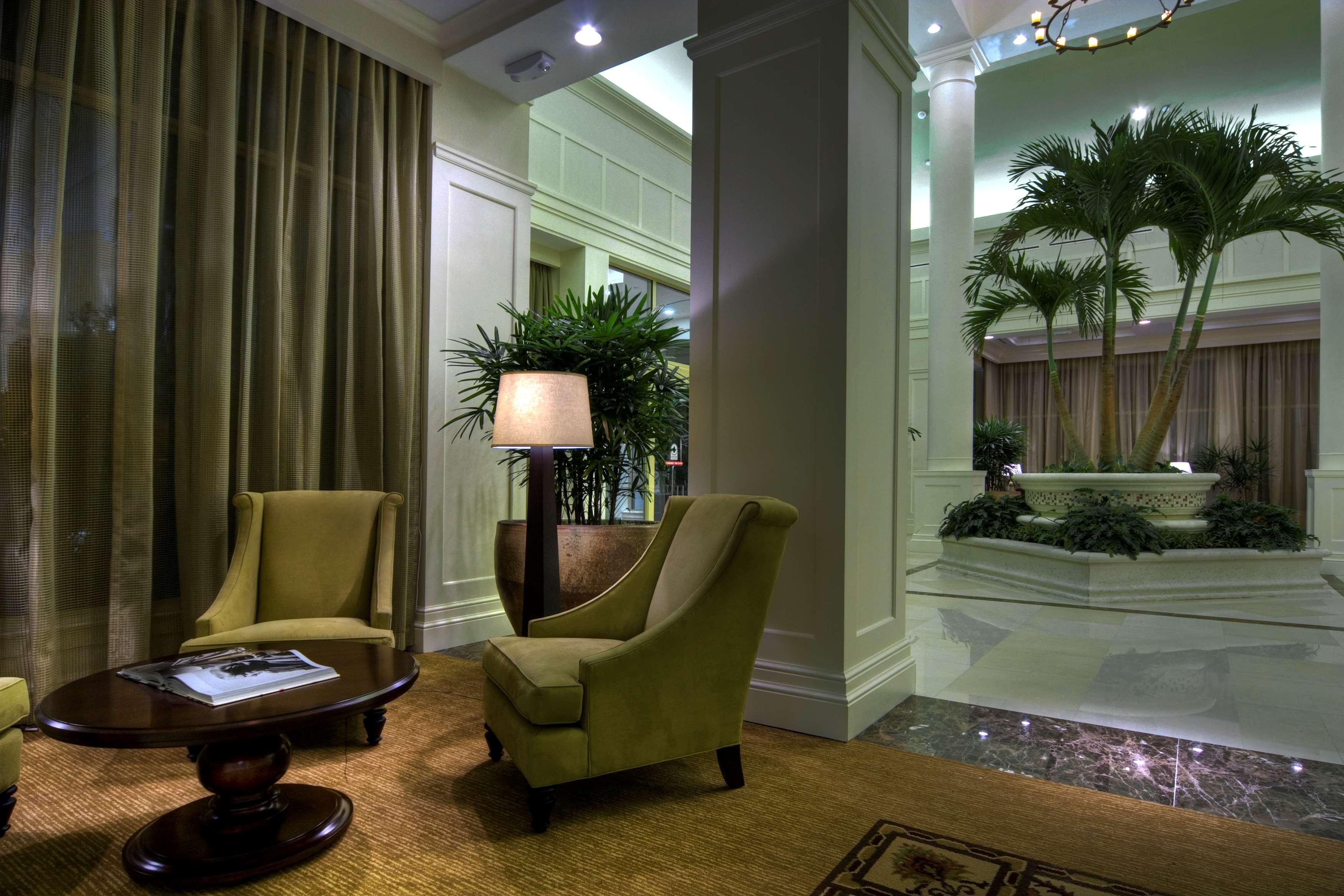 Hilton Garden Inn Palm Beach Gardens image 3