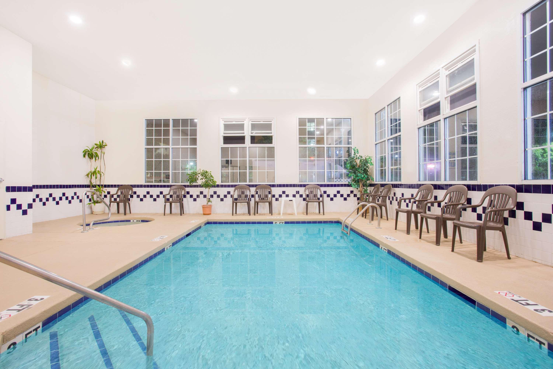 SureStay Hotel by Best Western North Myrtle Beach
