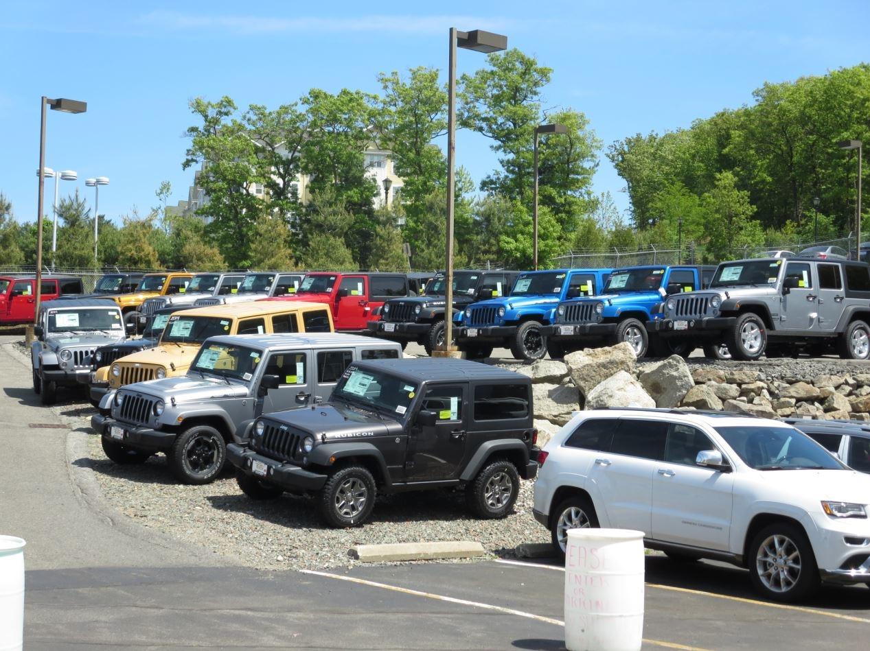 Kelly Jeep Chrysler image 1