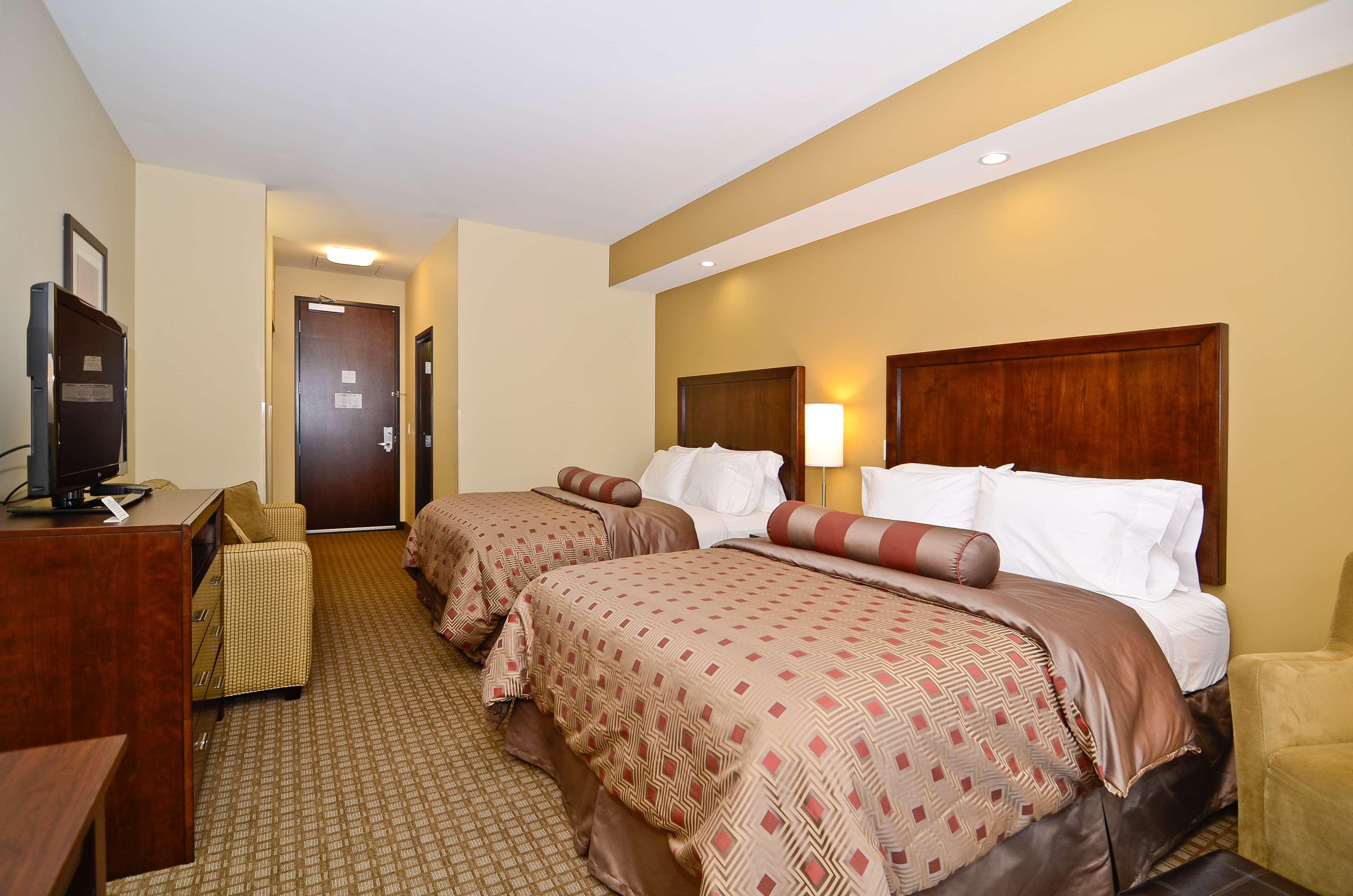Best Western Plus Lacey Inn & Suites image 21