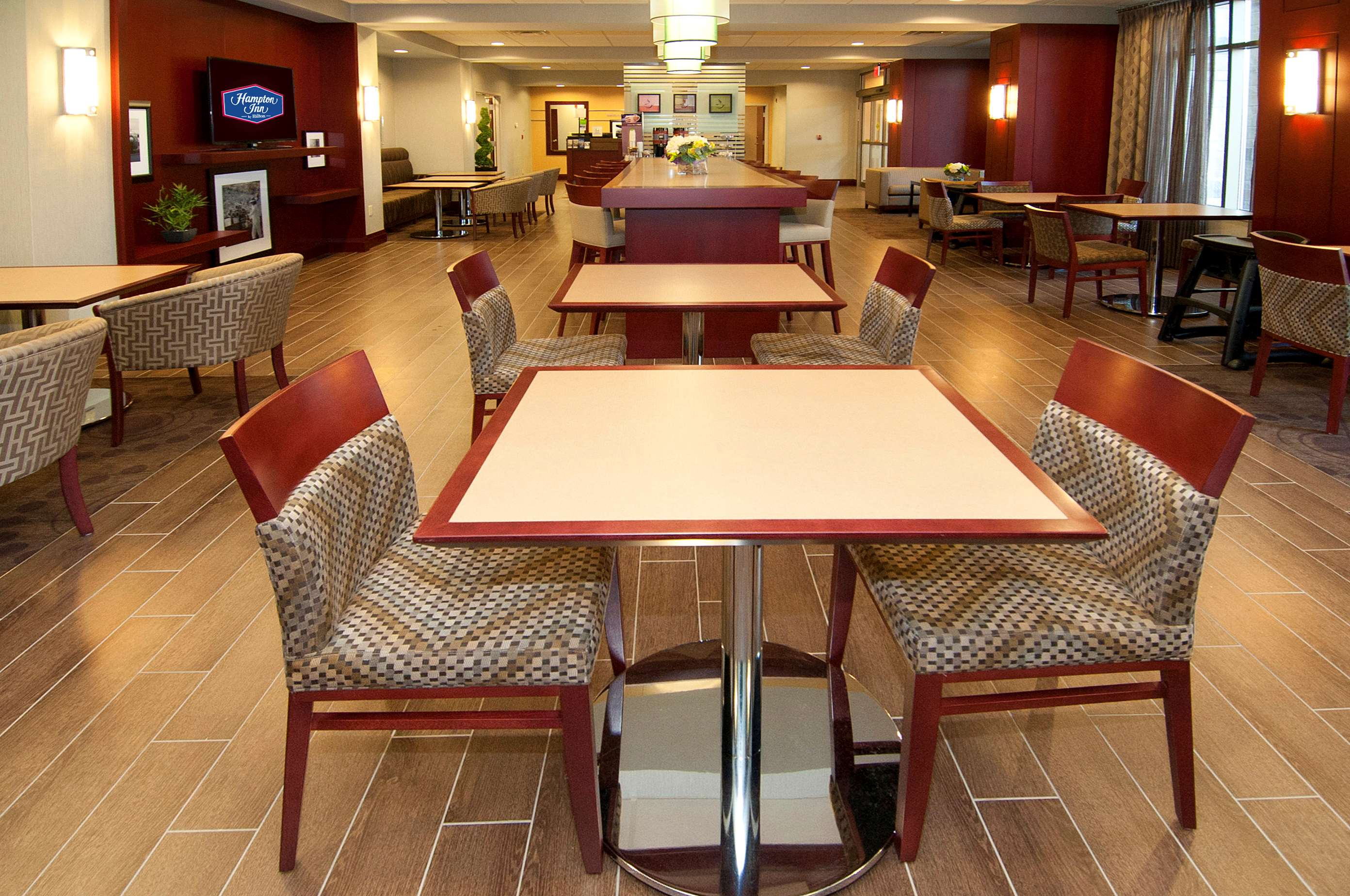 Hampton Inn by Hilton Brampton Toronto in Brampton: Restaurant