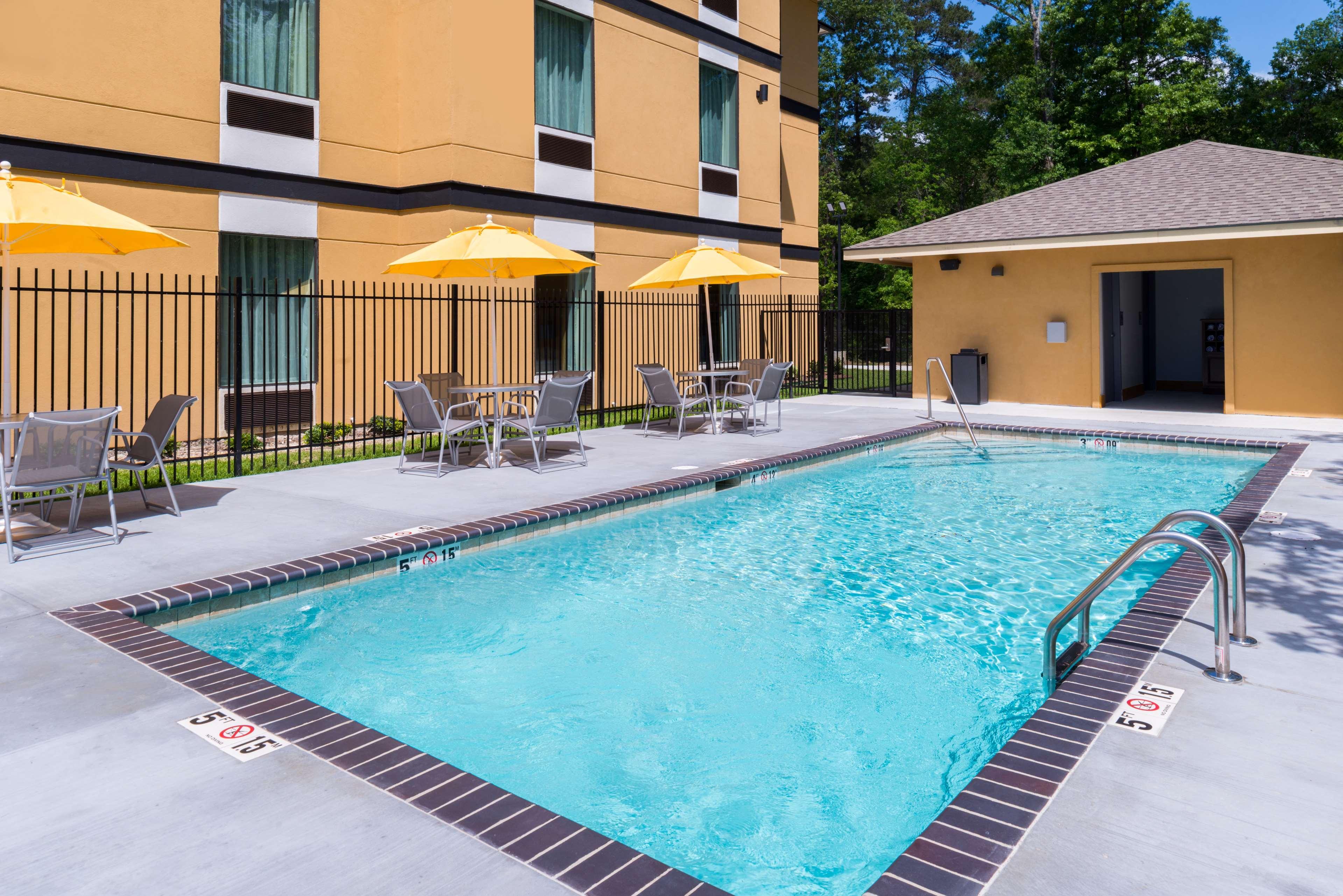 Best Western Plus Regency Park Hotel image 20
