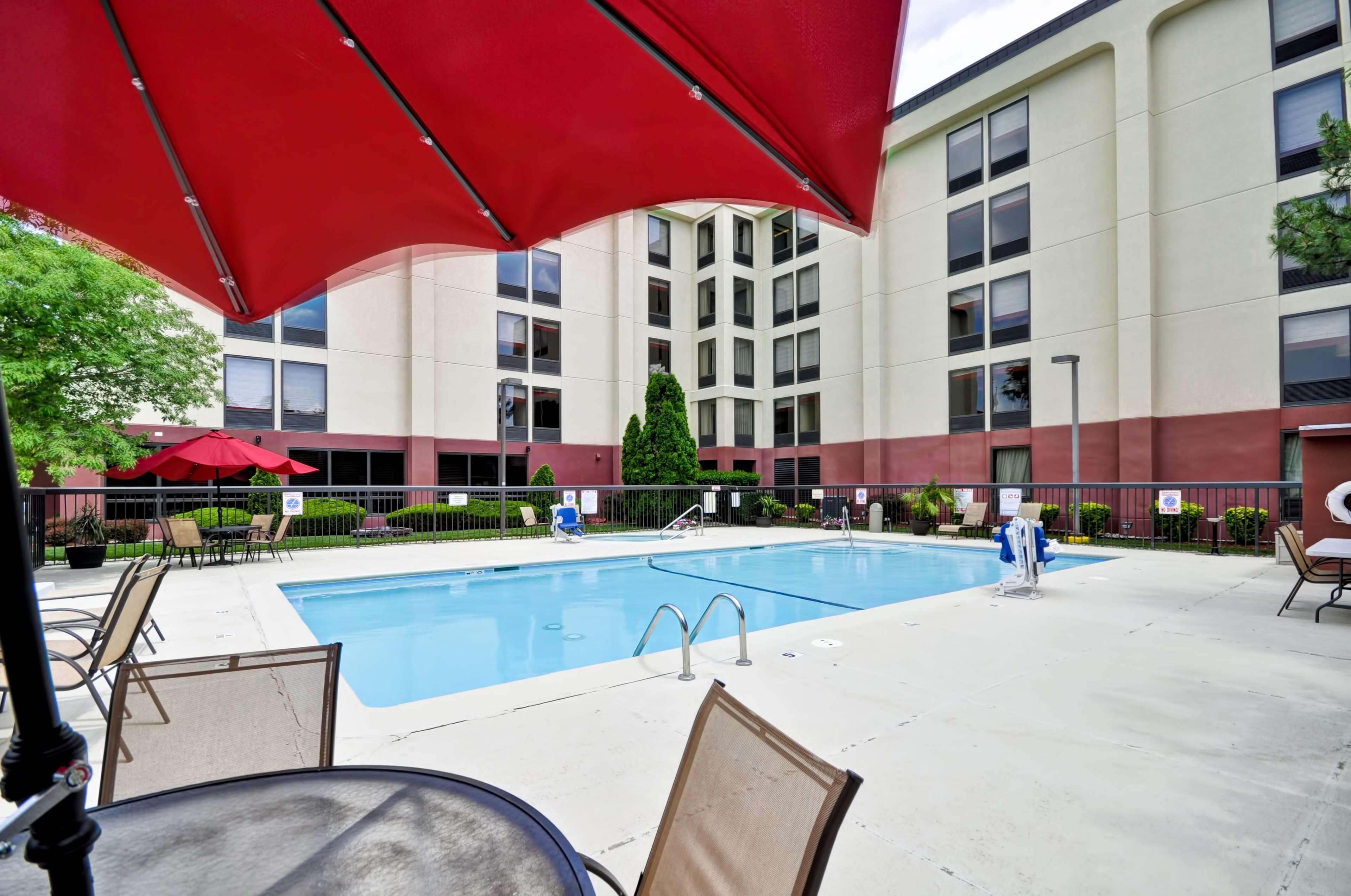 Hampton Inn Kansas City/Overland Park image 36