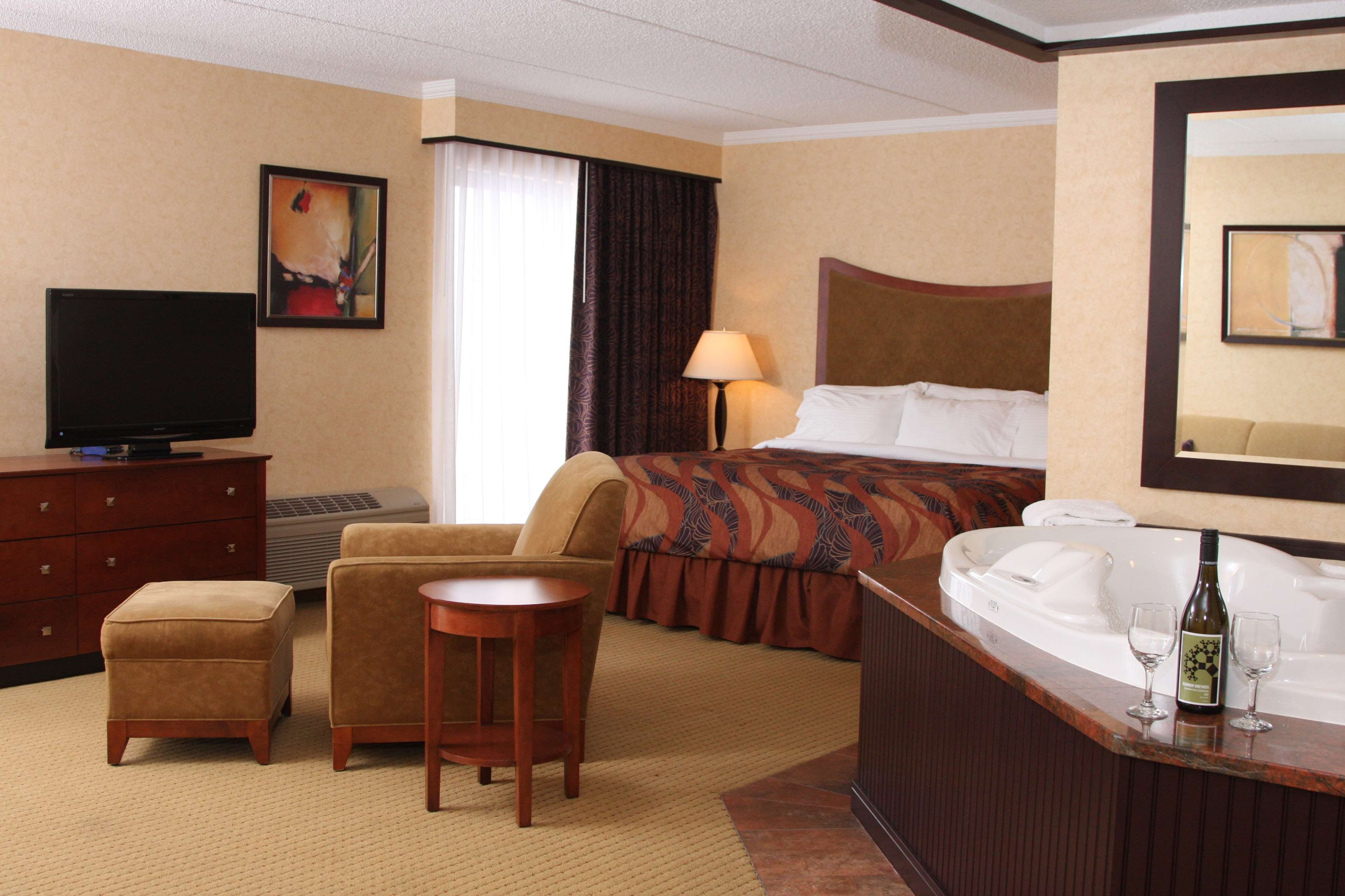 Best Western Plus Oswego Hotel and Conference Center image 15