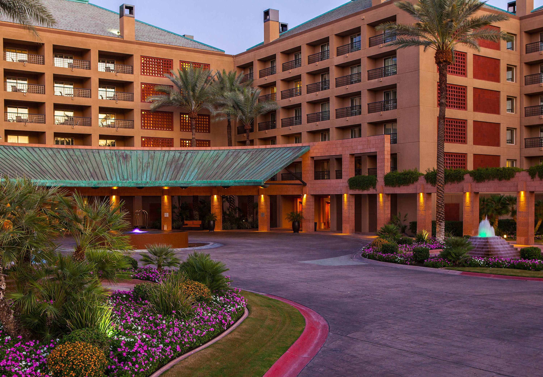 Renaissance Indian Wells Resort & Spa image 1