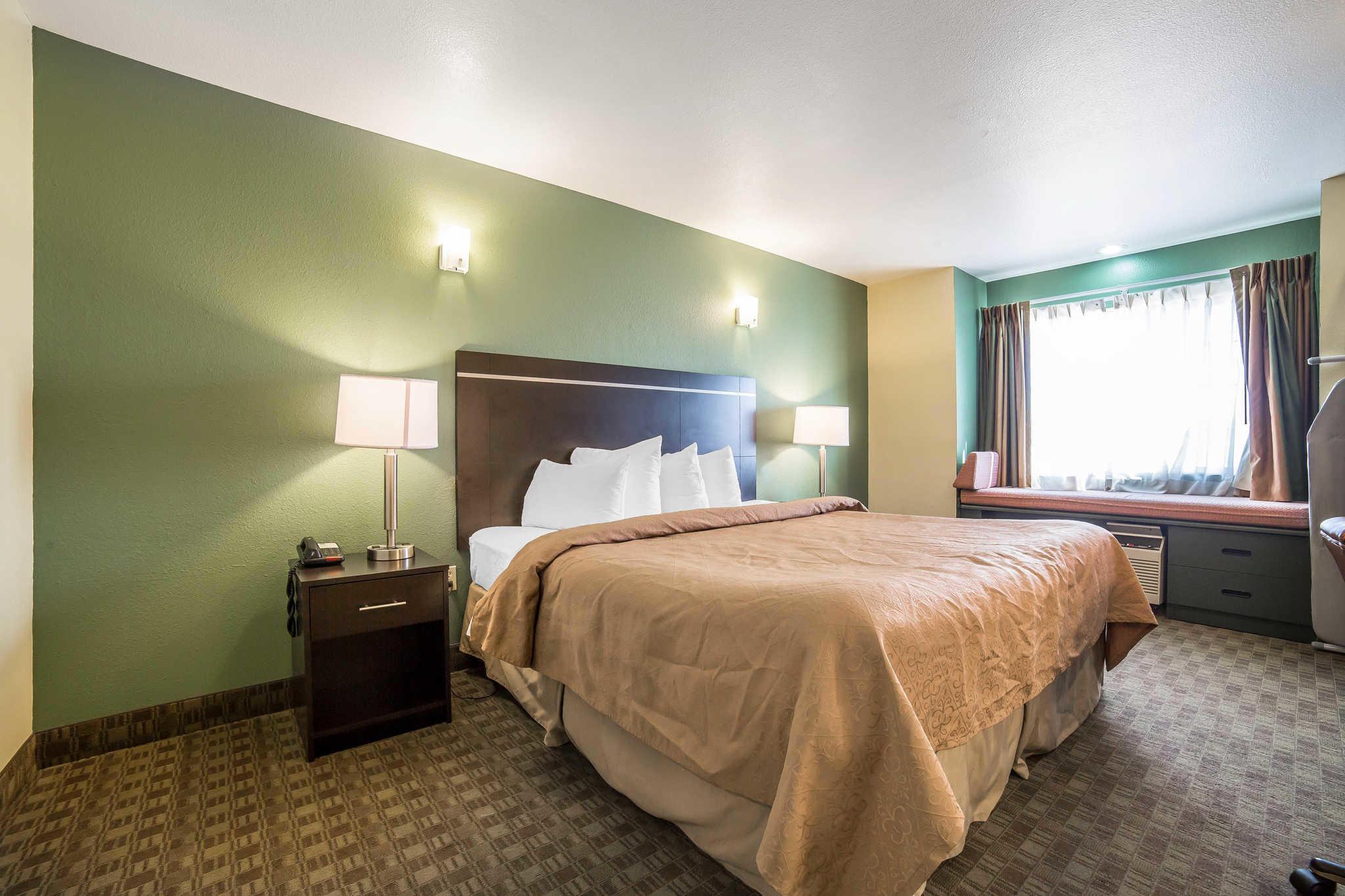 Quality Inn & Suites Elko image 7