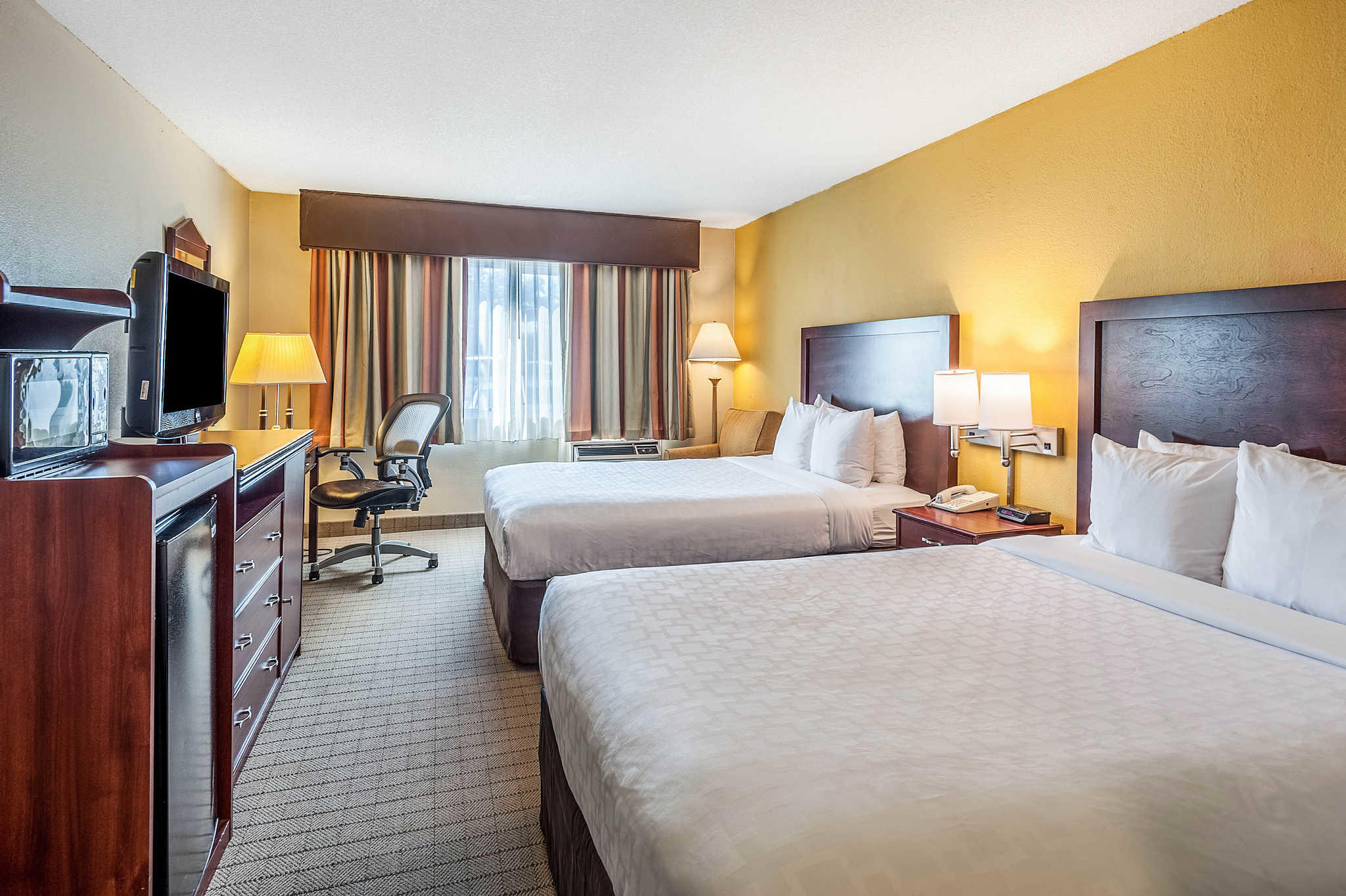 Clarion Hotel Seattle Airport image 16