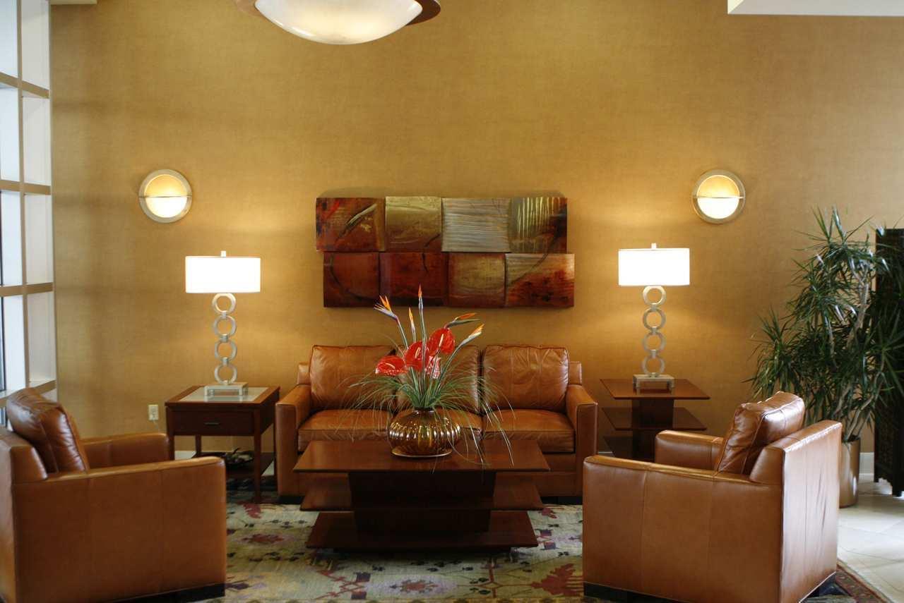 DoubleTree Club by Hilton Hotel Buffalo Downtown image 3