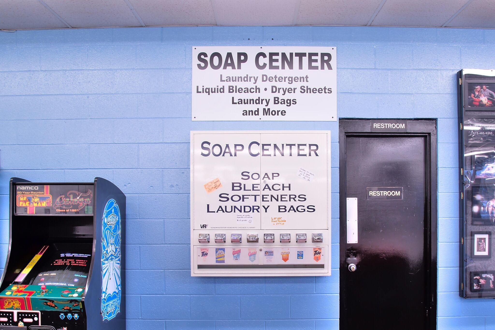 Duds N Suds Laundry image 16