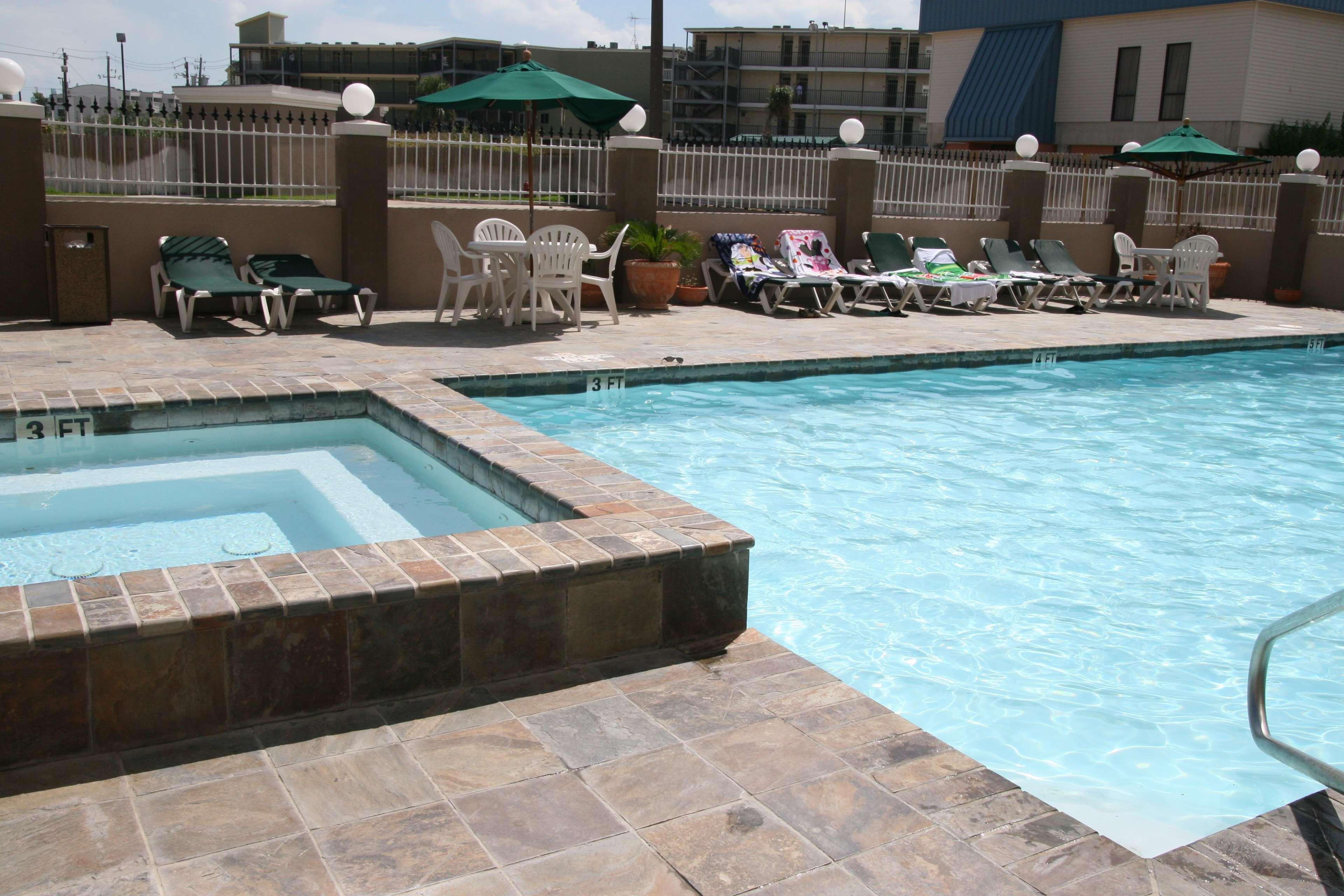 Hampton Inn & Suites Galveston image 10