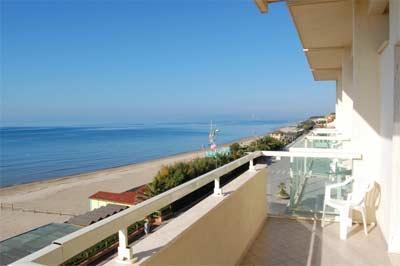Hotel lido hotel letizia - Bagno oasi follonica ...