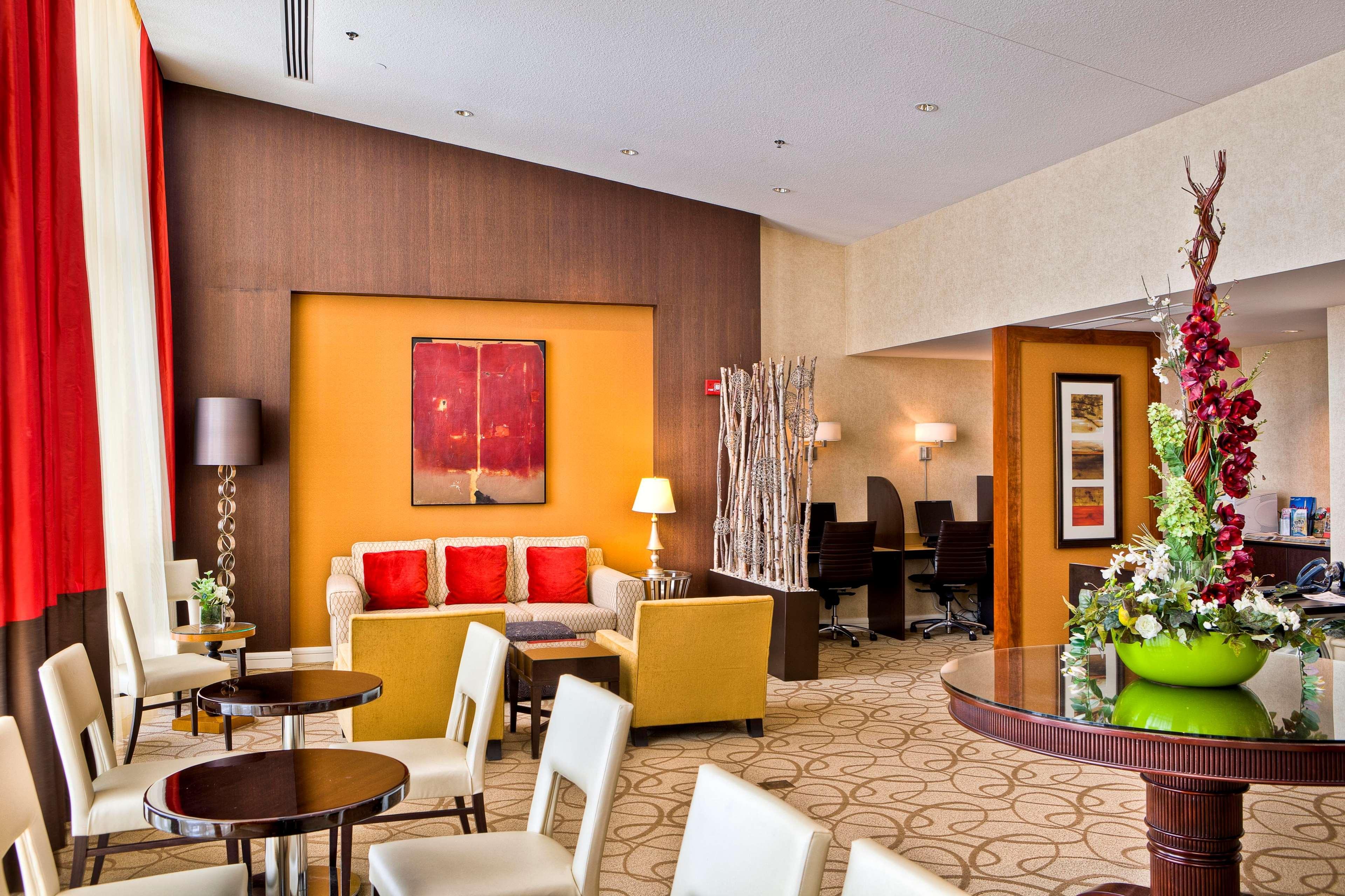 Hilton Omaha image 30