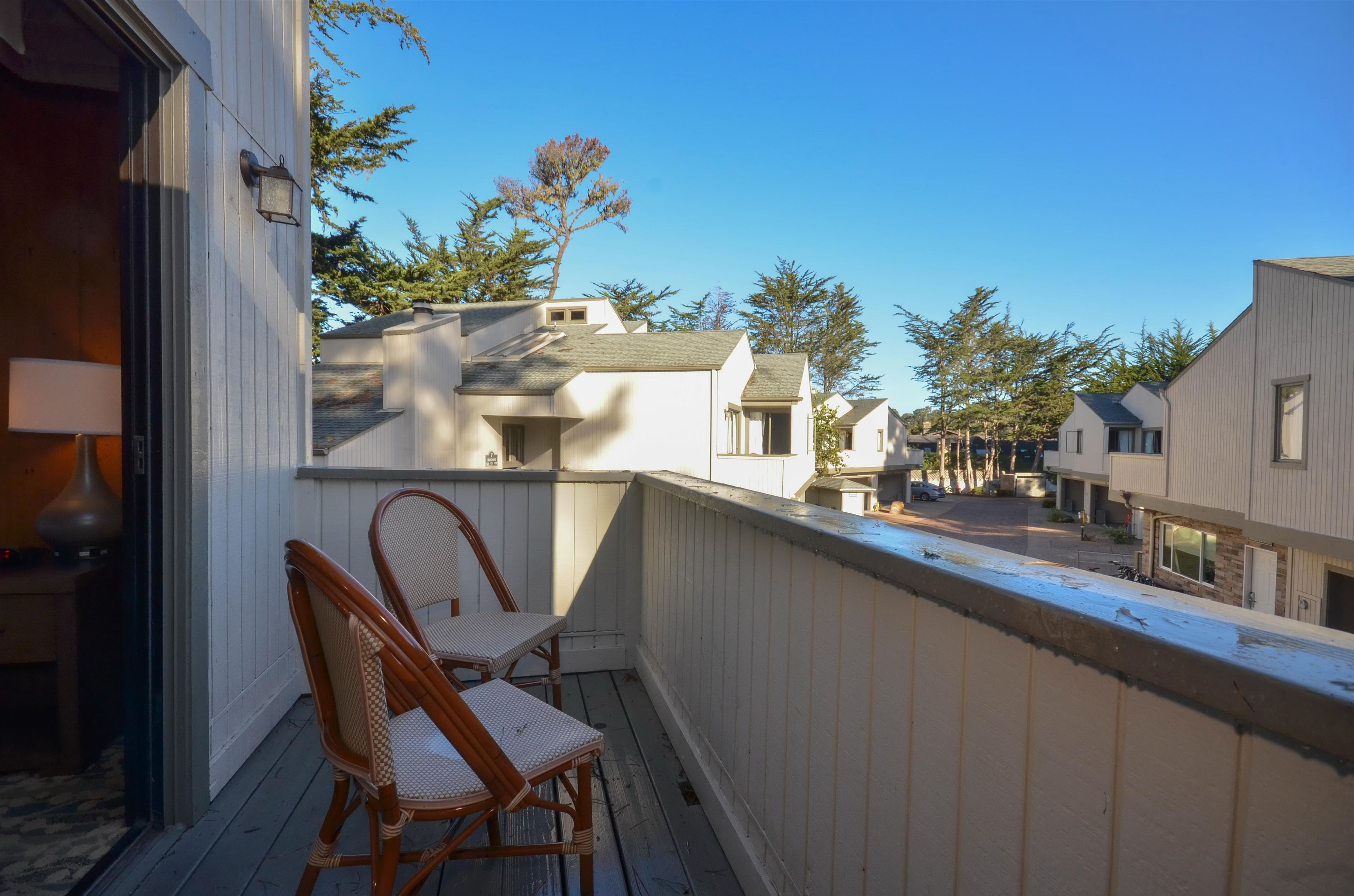 Best Western The Inn & Suites Pacific Grove image 11