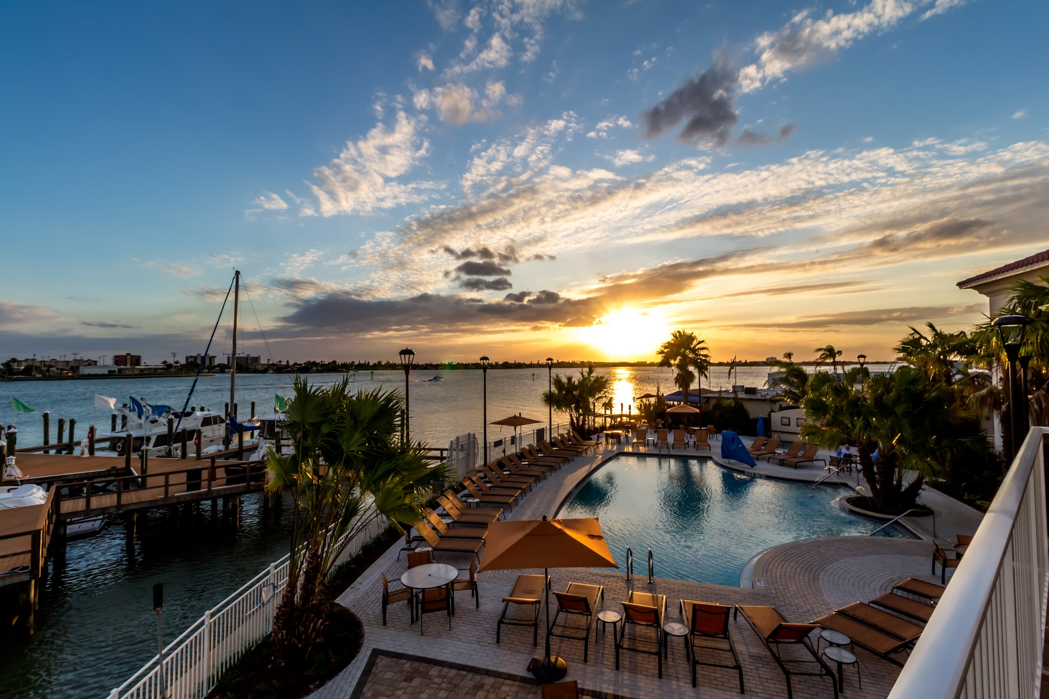 Courtyard by Marriott St. Petersburg Clearwater/Madeira Beach image 10