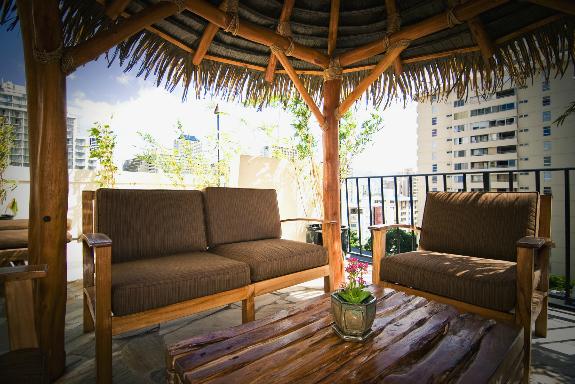 Aqua Bamboo Waikiki image 4