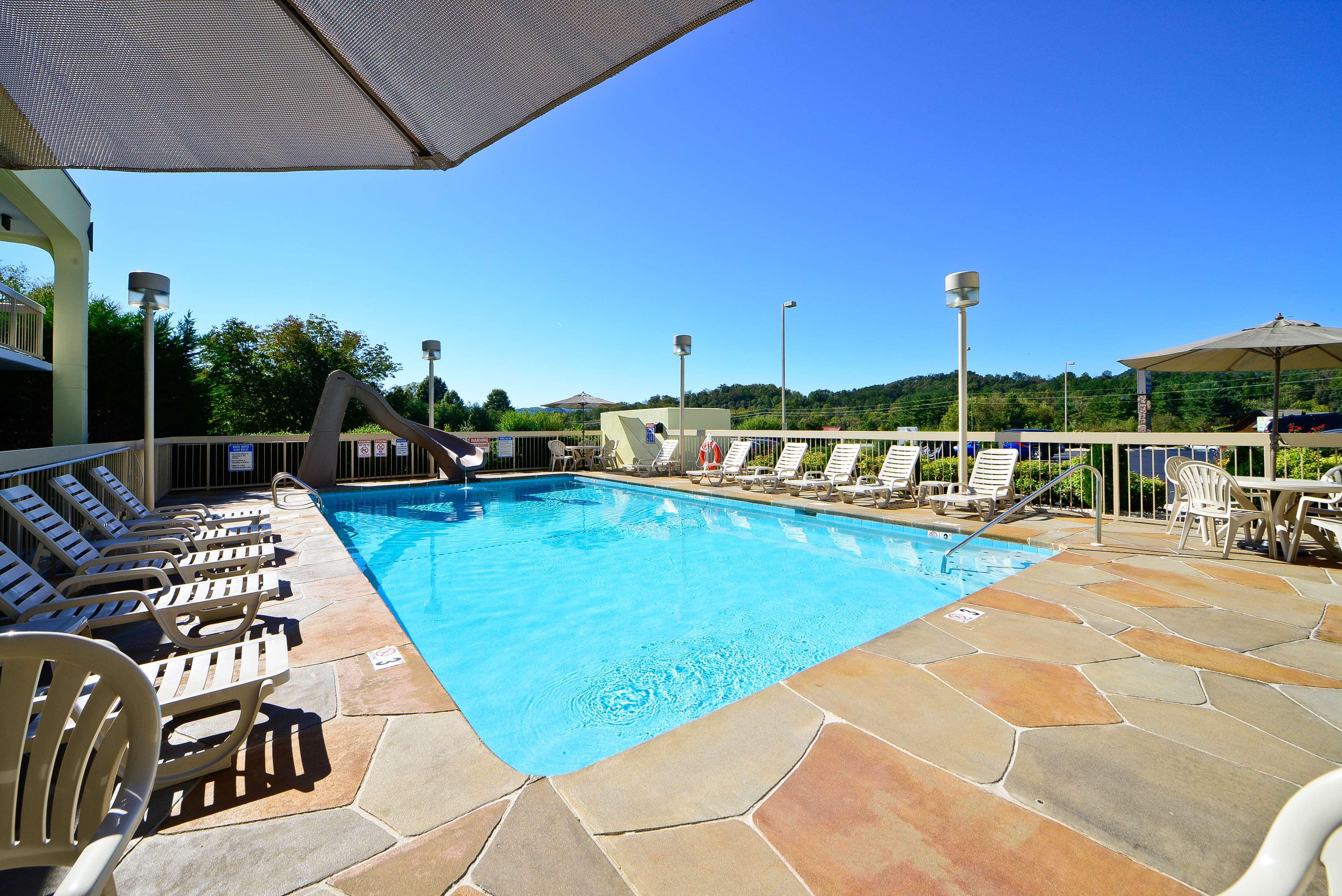 Best Western Cades Cove Inn image 11