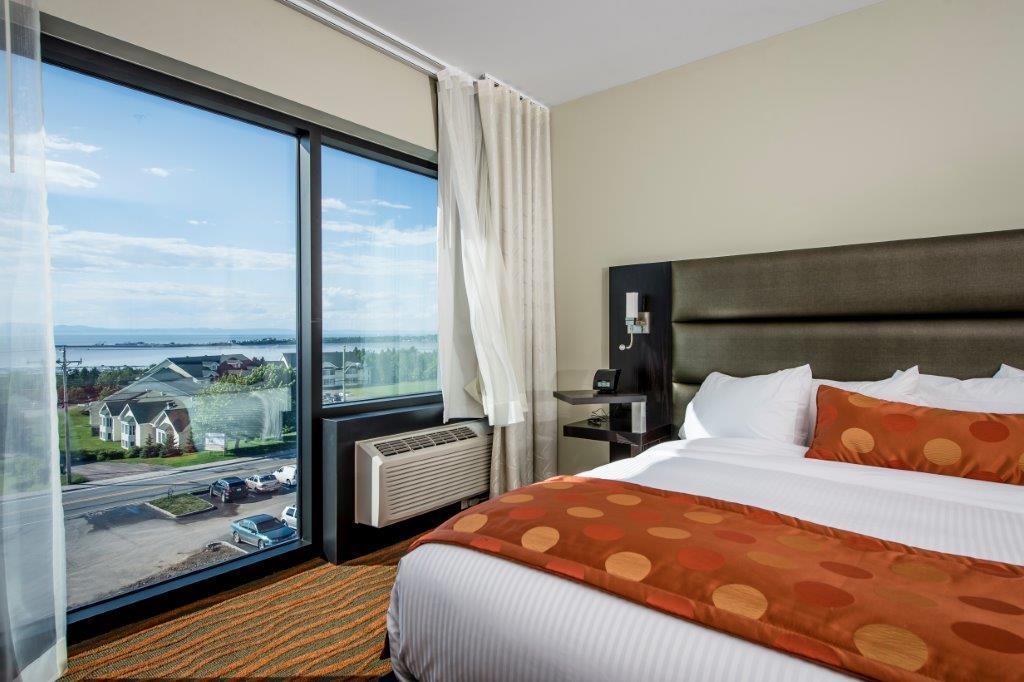 Best Western Plus Hotel Levesque à Riviere-du-Loup: Mezzanine King Suite - Sofa Bed