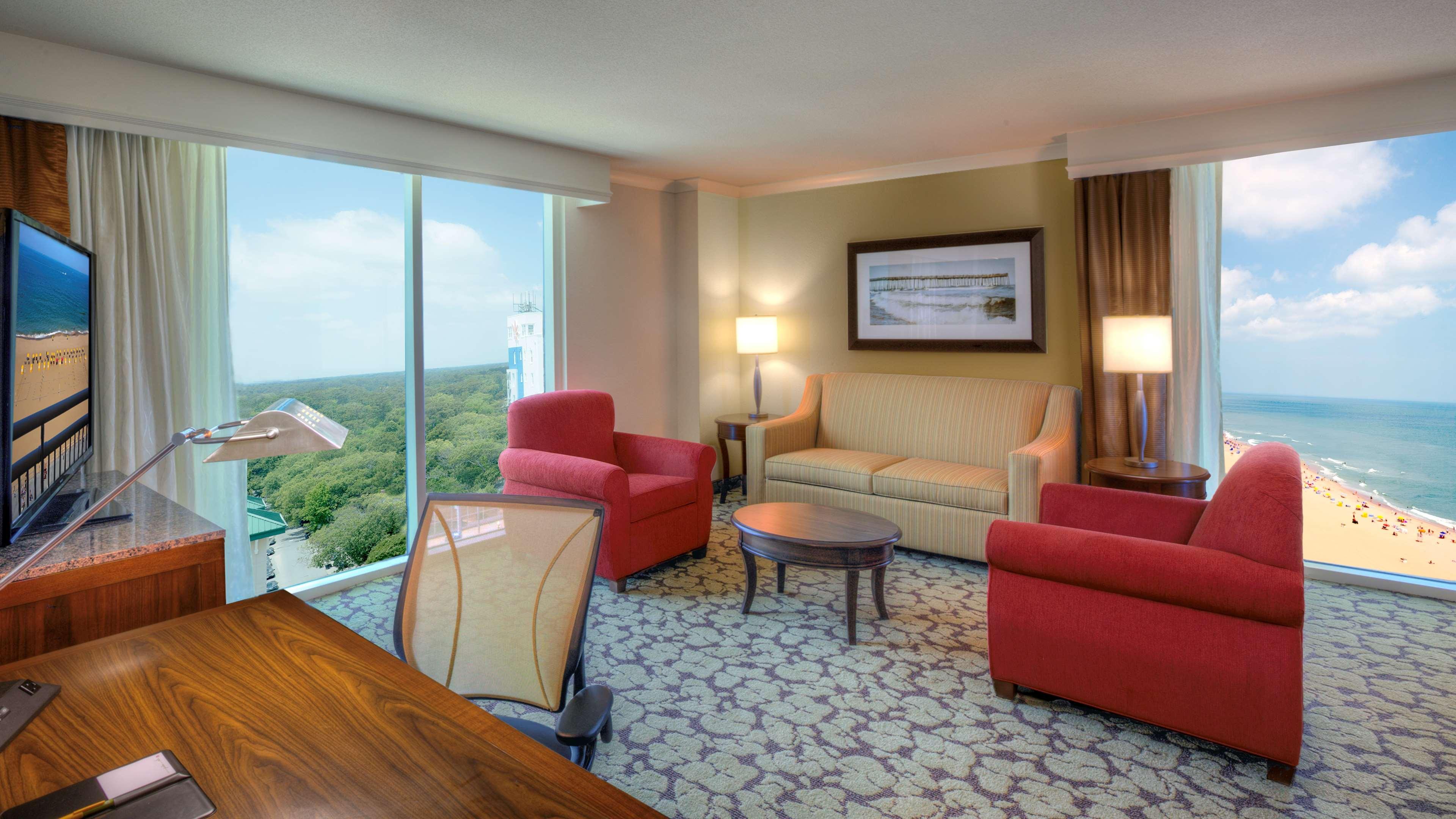 Hilton Garden Inn Virginia Beach Oceanfront image 21
