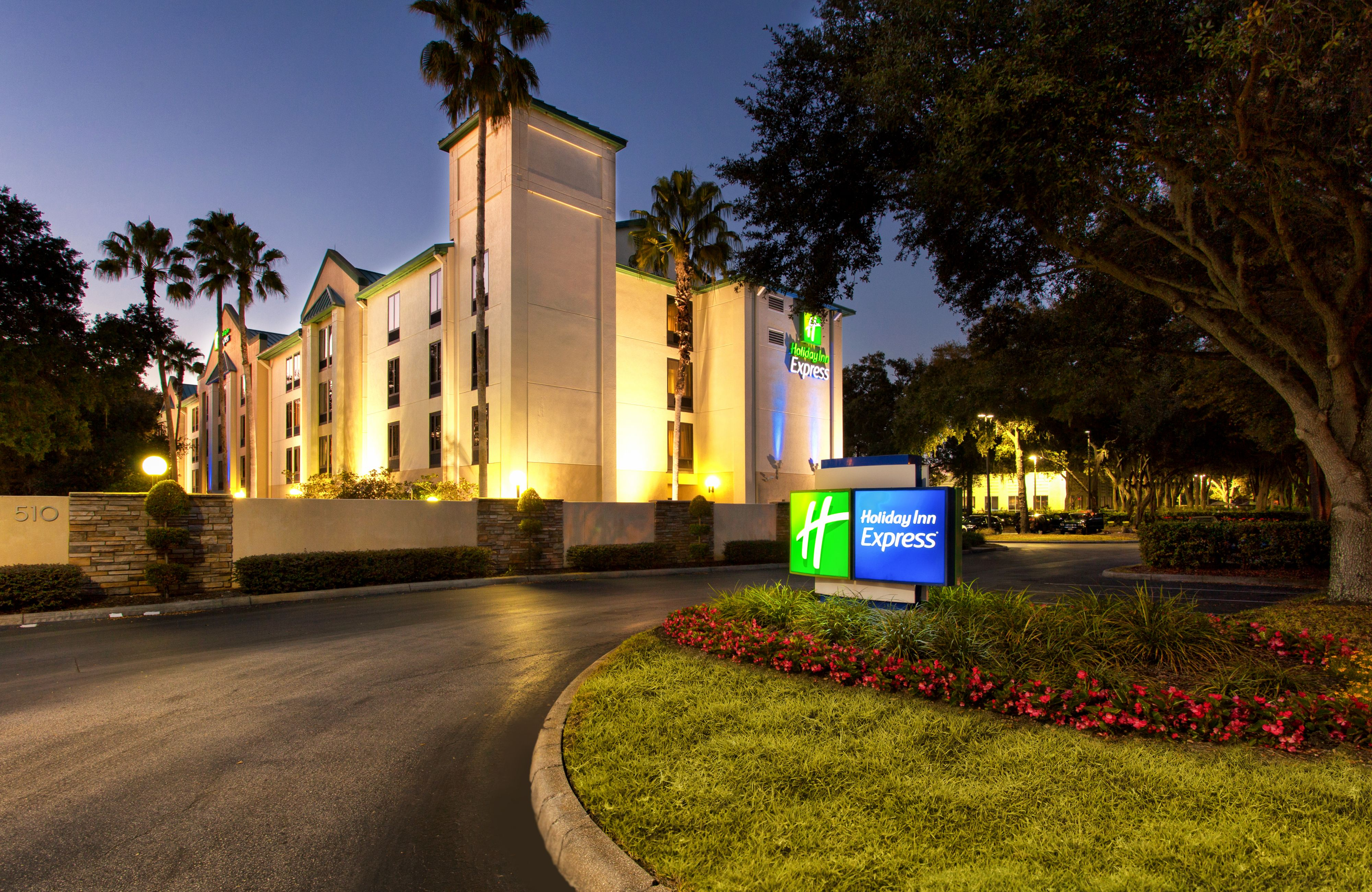 Holiday Inn Express & Suites Tampa-Anderson Rd/Veterans Exp image 5