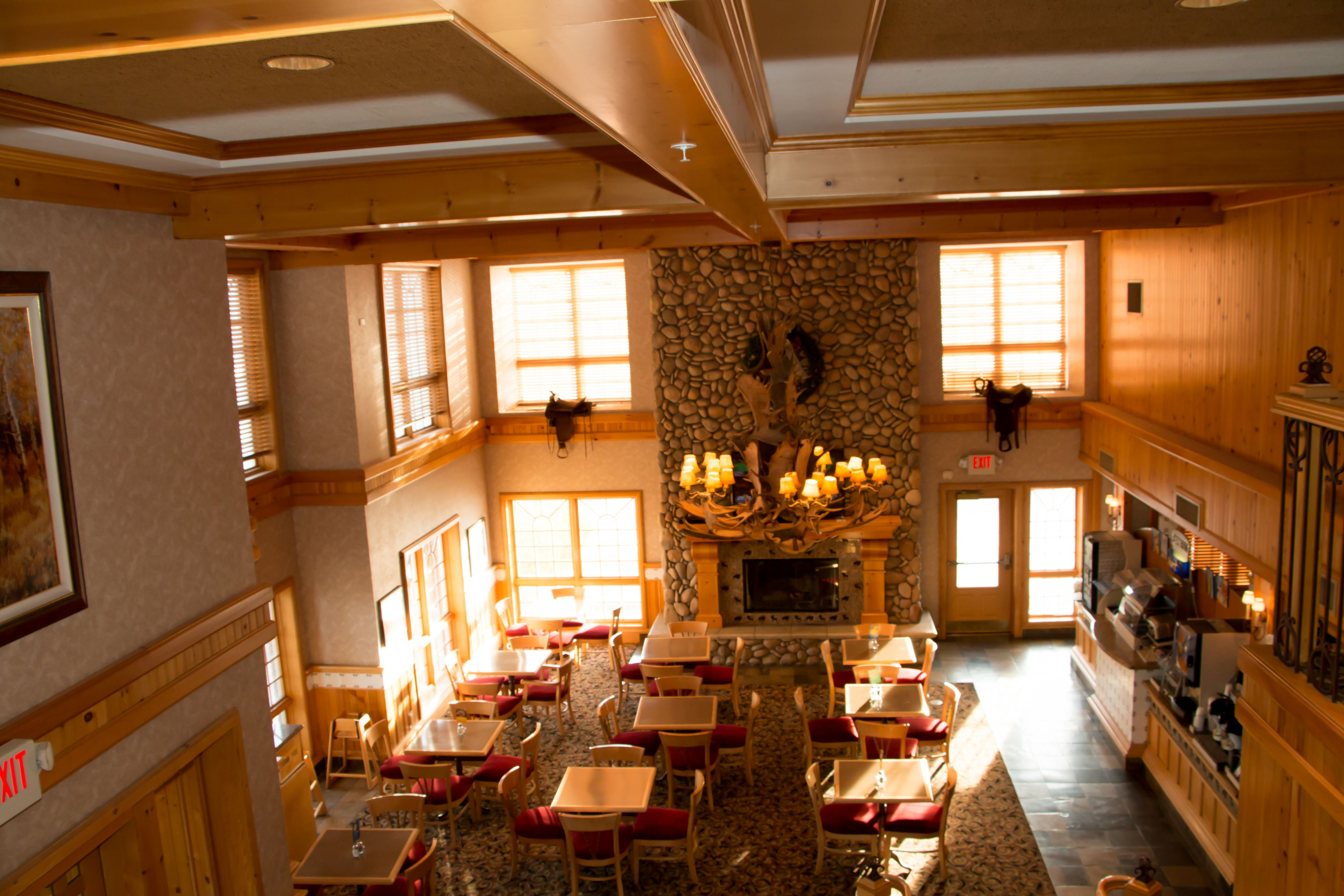 Holiday Inn Express & Suites Elko image 7