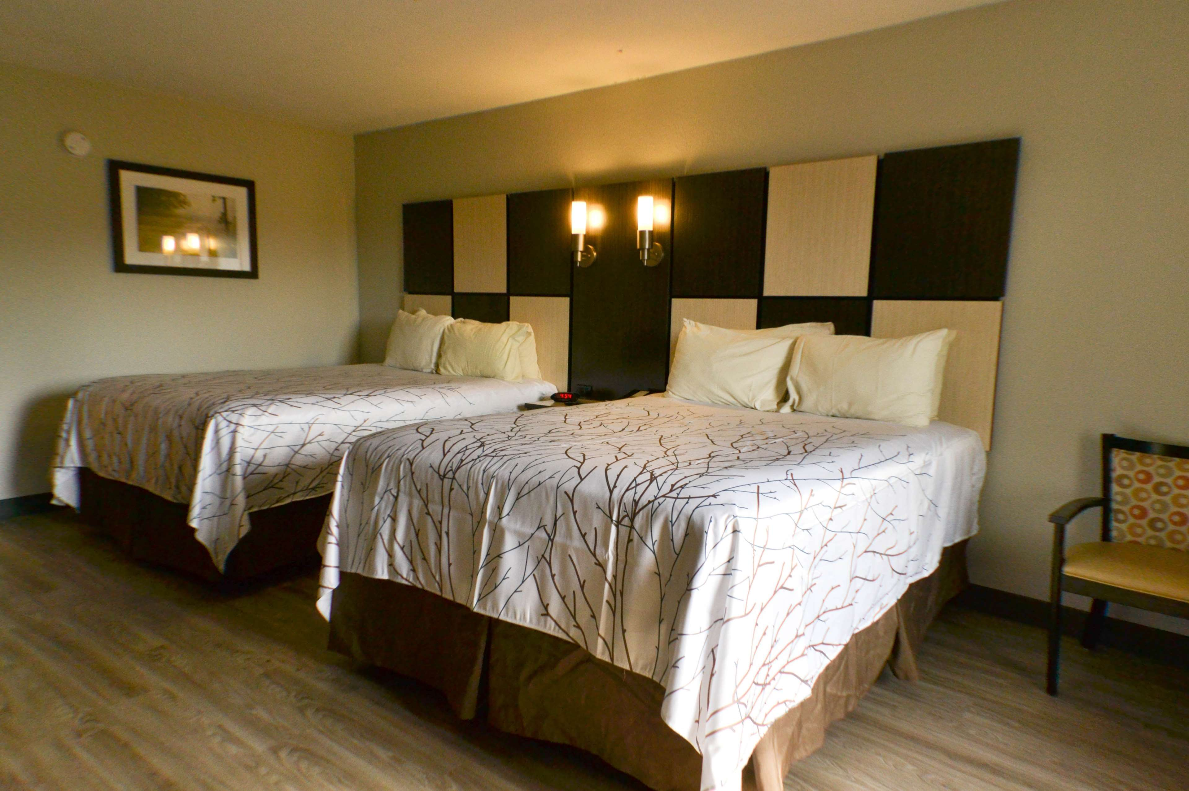 Best Western Cades Cove Inn image 22
