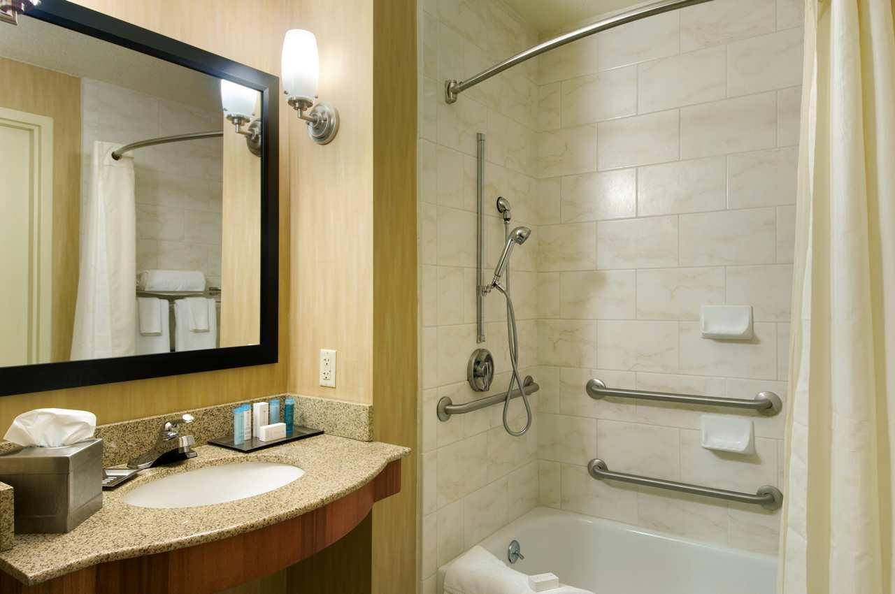 ADA Accessible King Bath