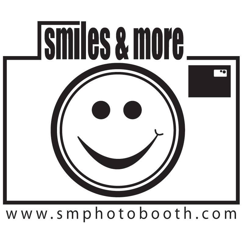 Smiles & More Photo Booths
