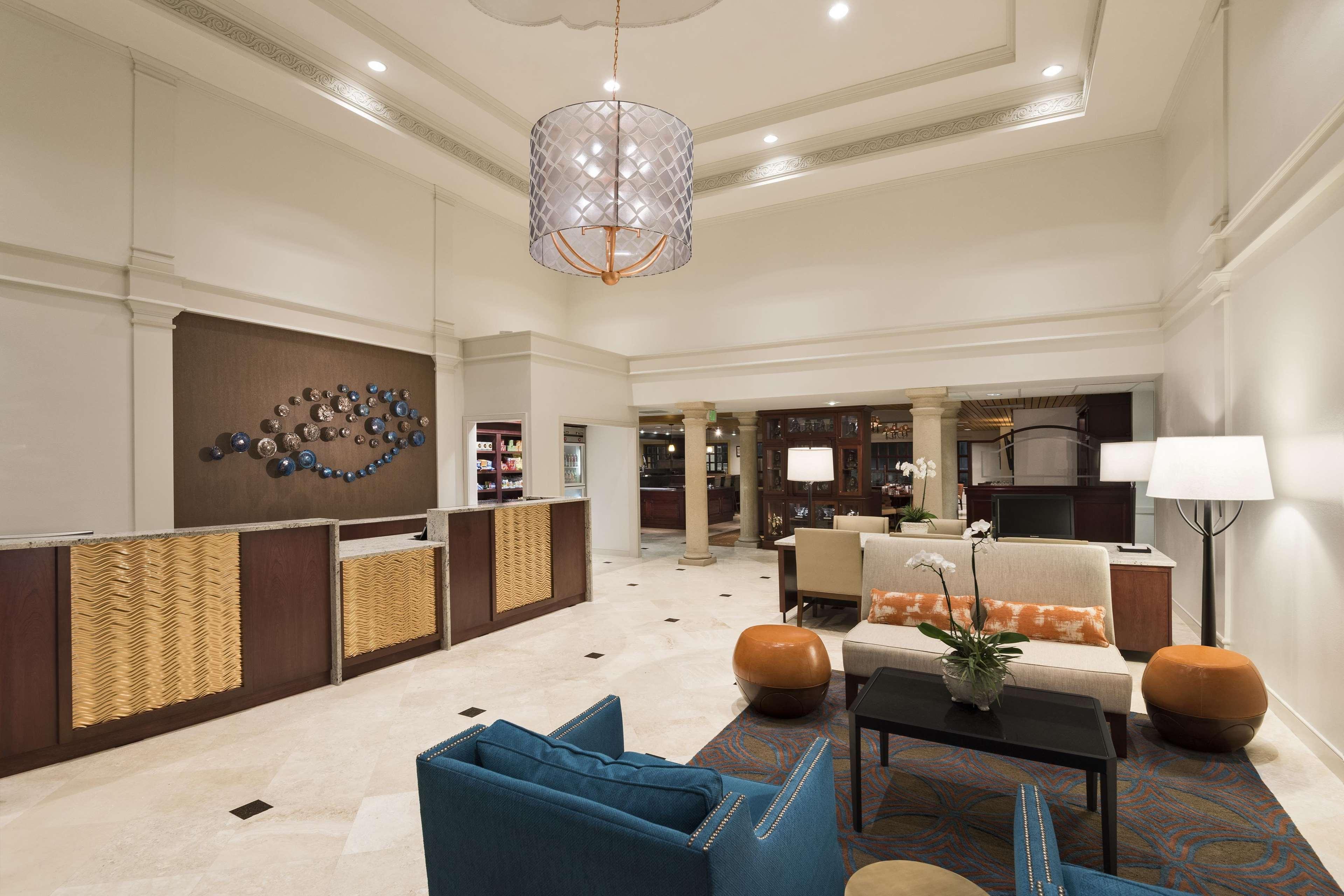 DoubleTree Suites by Hilton Hotel Naples image 5