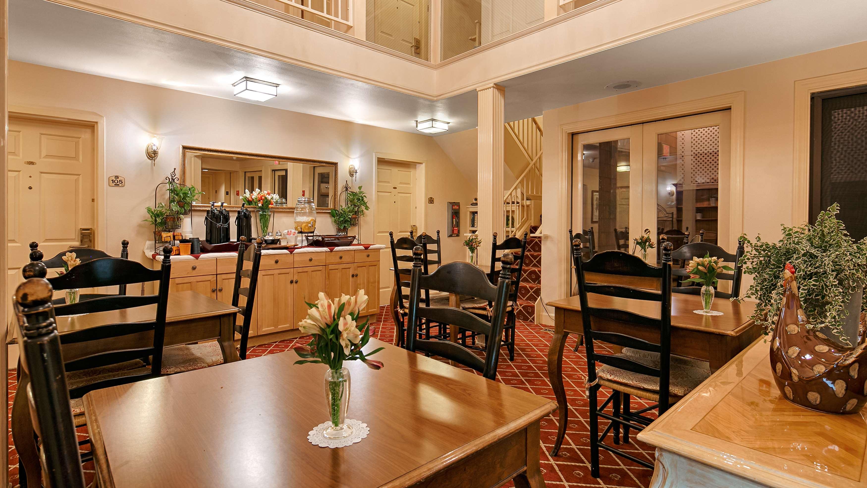 Best Western Plus Elm House Inn image 40
