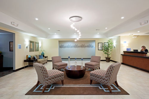 Holiday Inn Express & Suites Meriden image 3