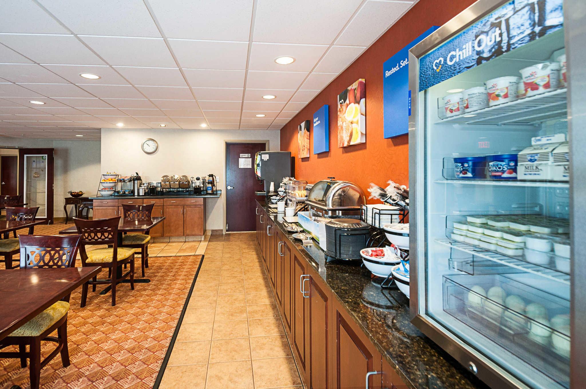 Comfort Inn & Suites Cambridge image 25