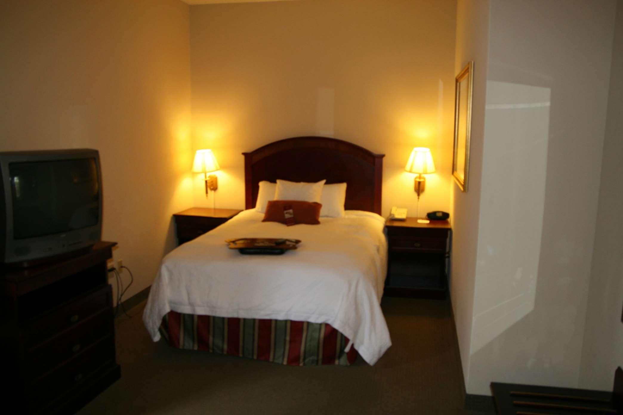 Hampton Inn & Suites Lafayette image 12
