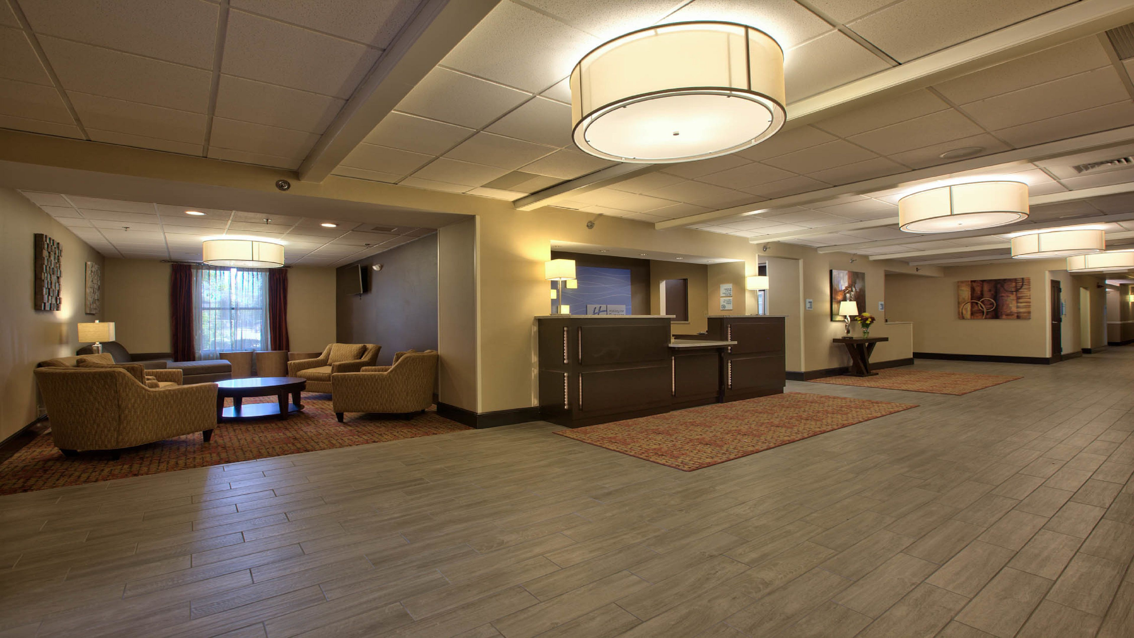 Holiday Inn Express Tallahassee - I-10 E image 3