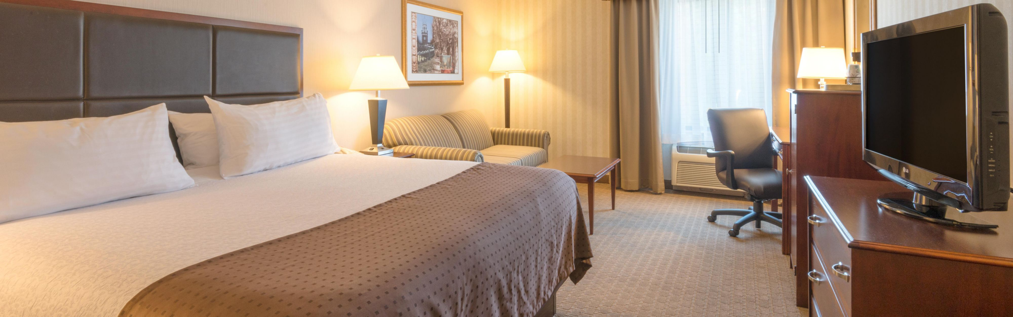 Holiday Inn Manchester Airport image 1