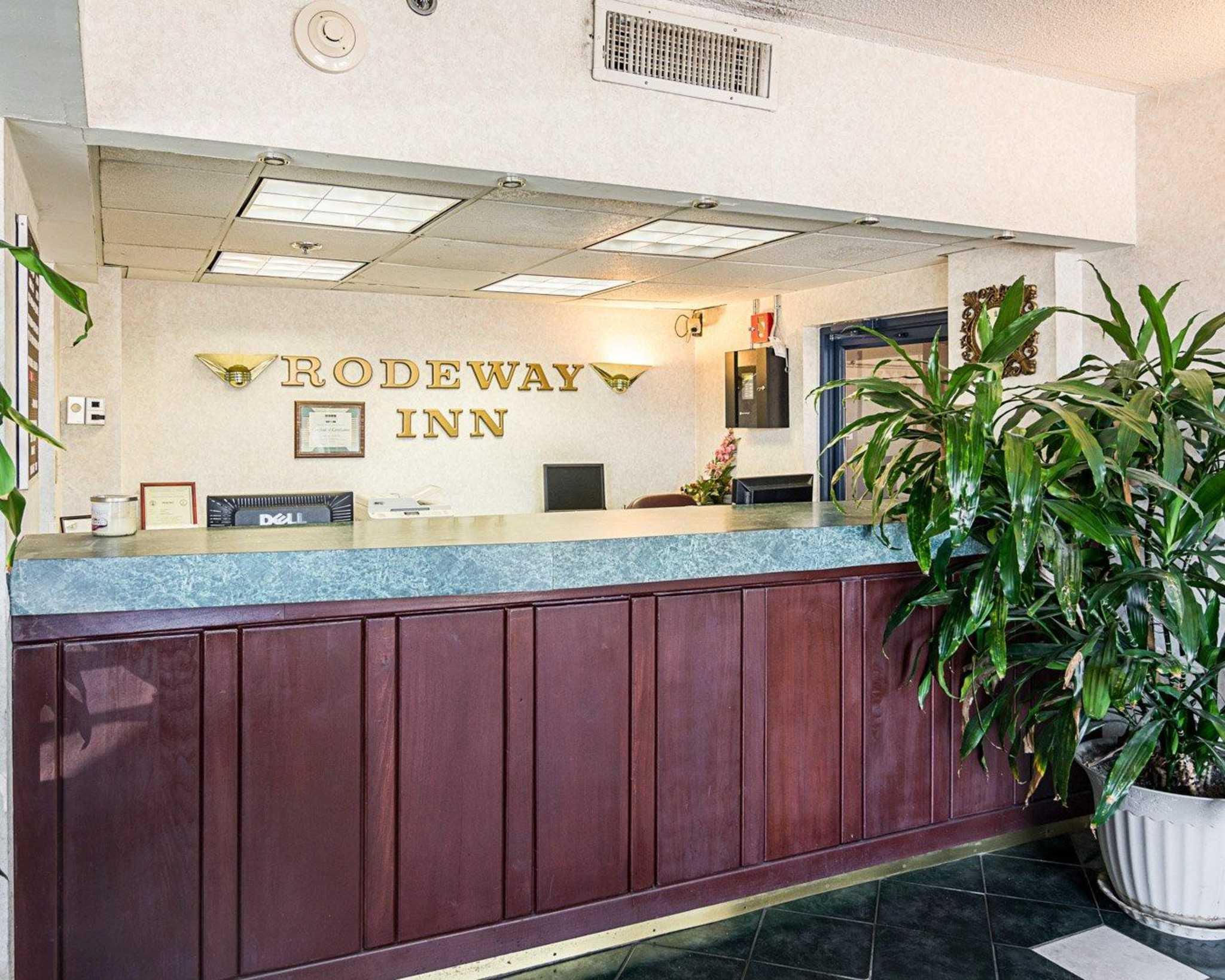 Rodeway Inn by the Beach image 3