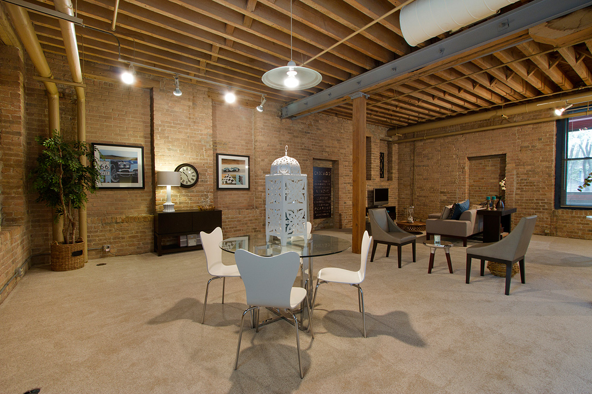 Cobbler square lofts at 1350 n wells street chicago il for 1355 n sandburg terrace rentals