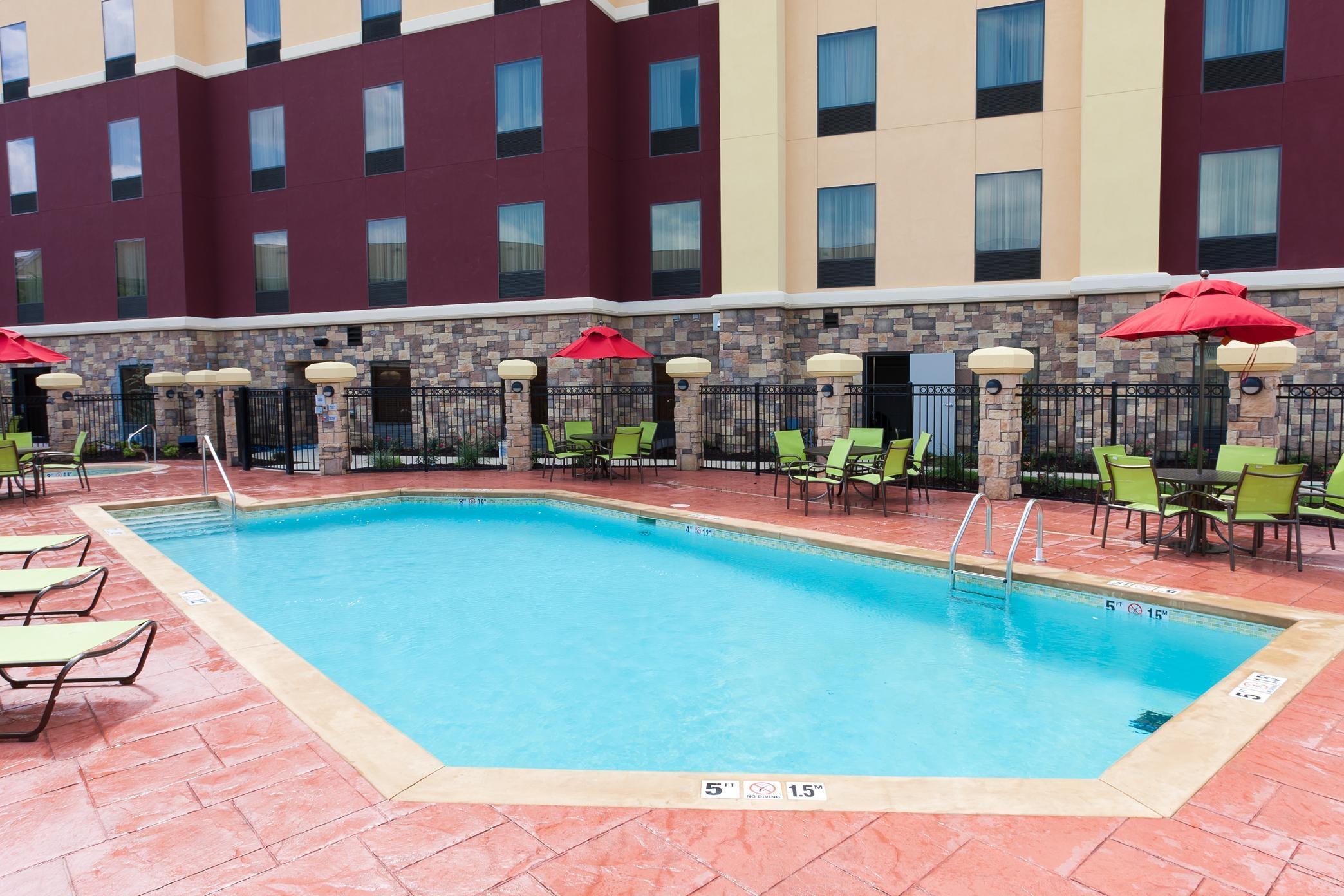 Hampton Inn & Suites Tulsa/Central image 12