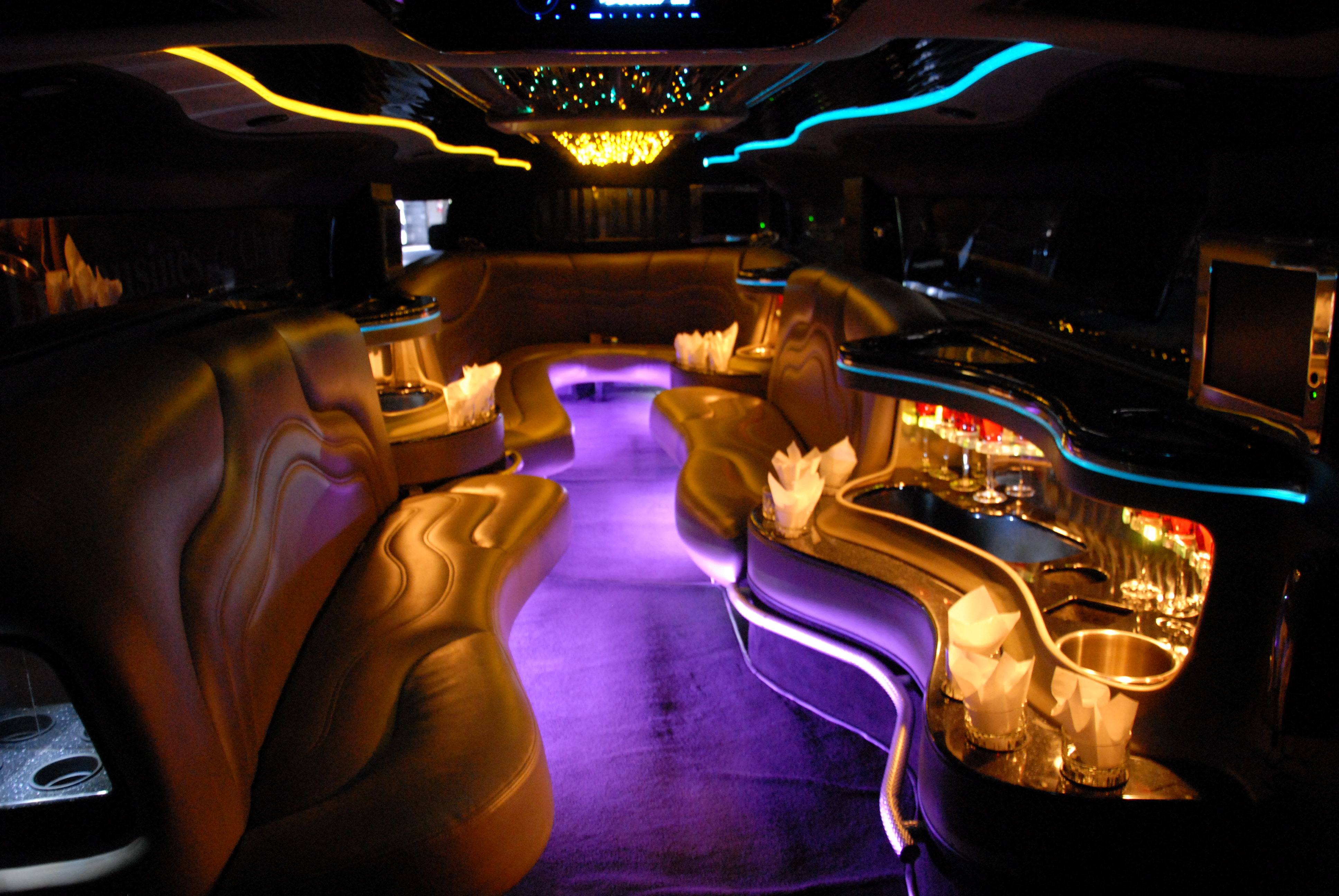 Best Limousines image 5