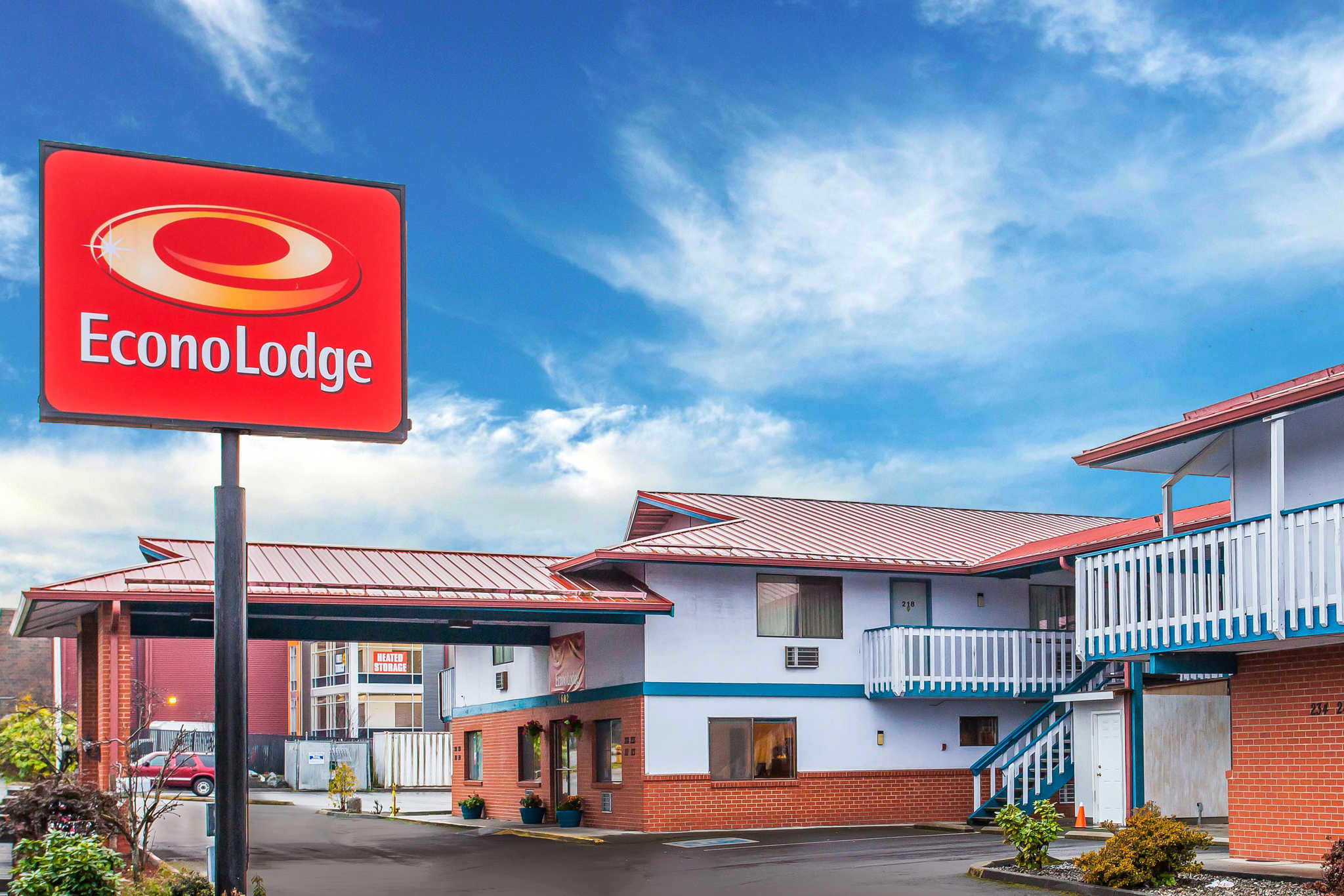 Econo Lodge image 0