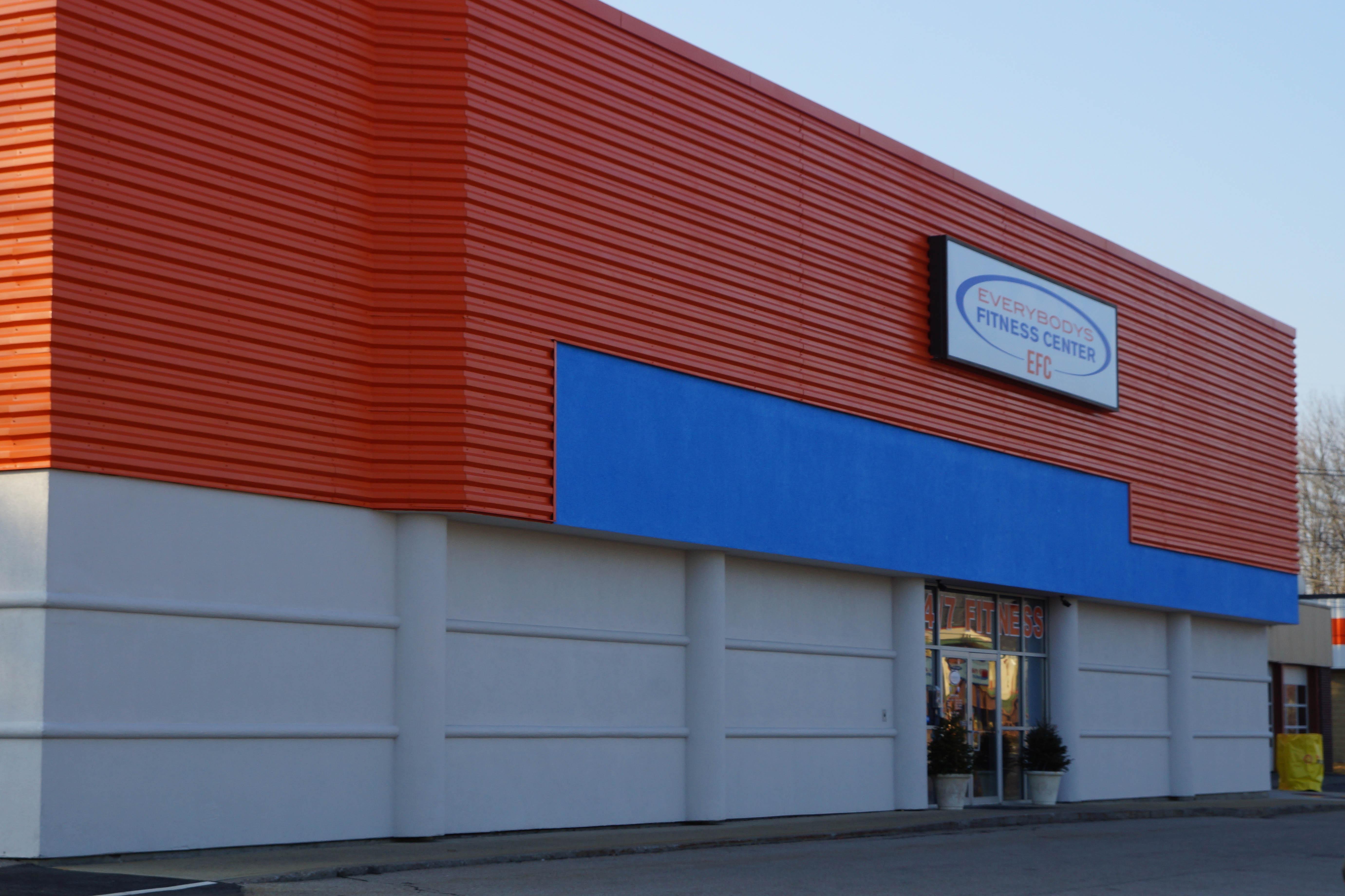 Everybodys Fitness Center image 8