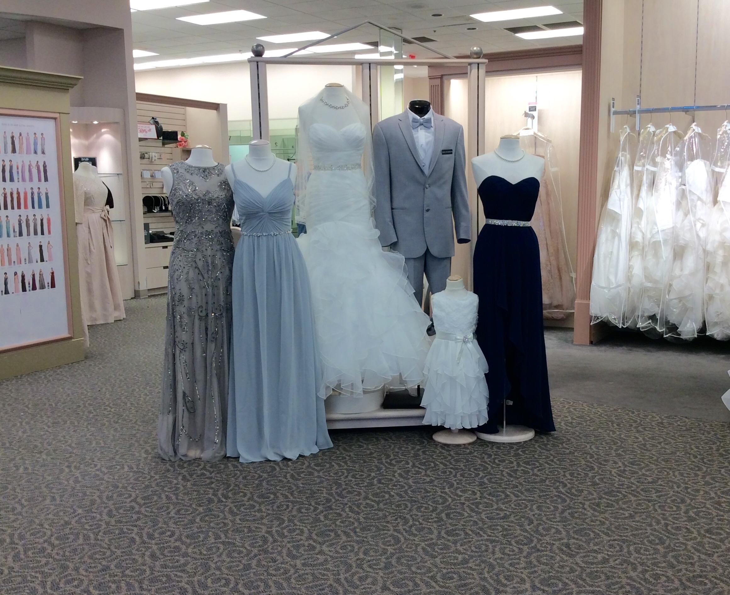 David\'s Bridal 5915 Bluebonnet Boulevard Bluebonnet Parc Shopping ...