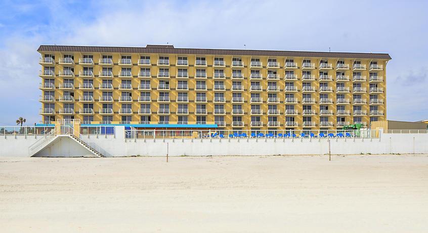Casa Del Mar Beach Resort image 1
