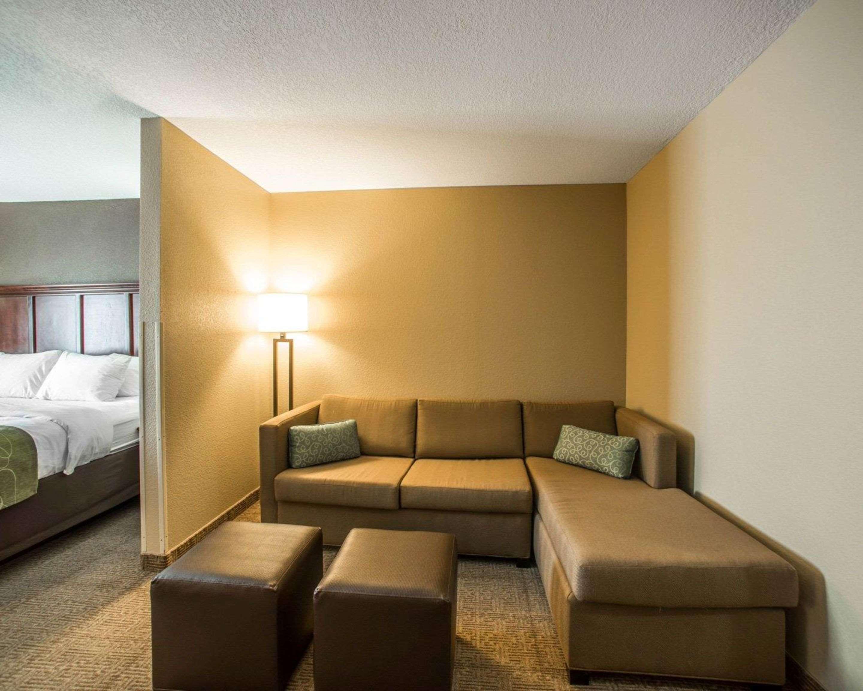 Comfort Suites Columbia - University Area in Columbia, MO, photo #14