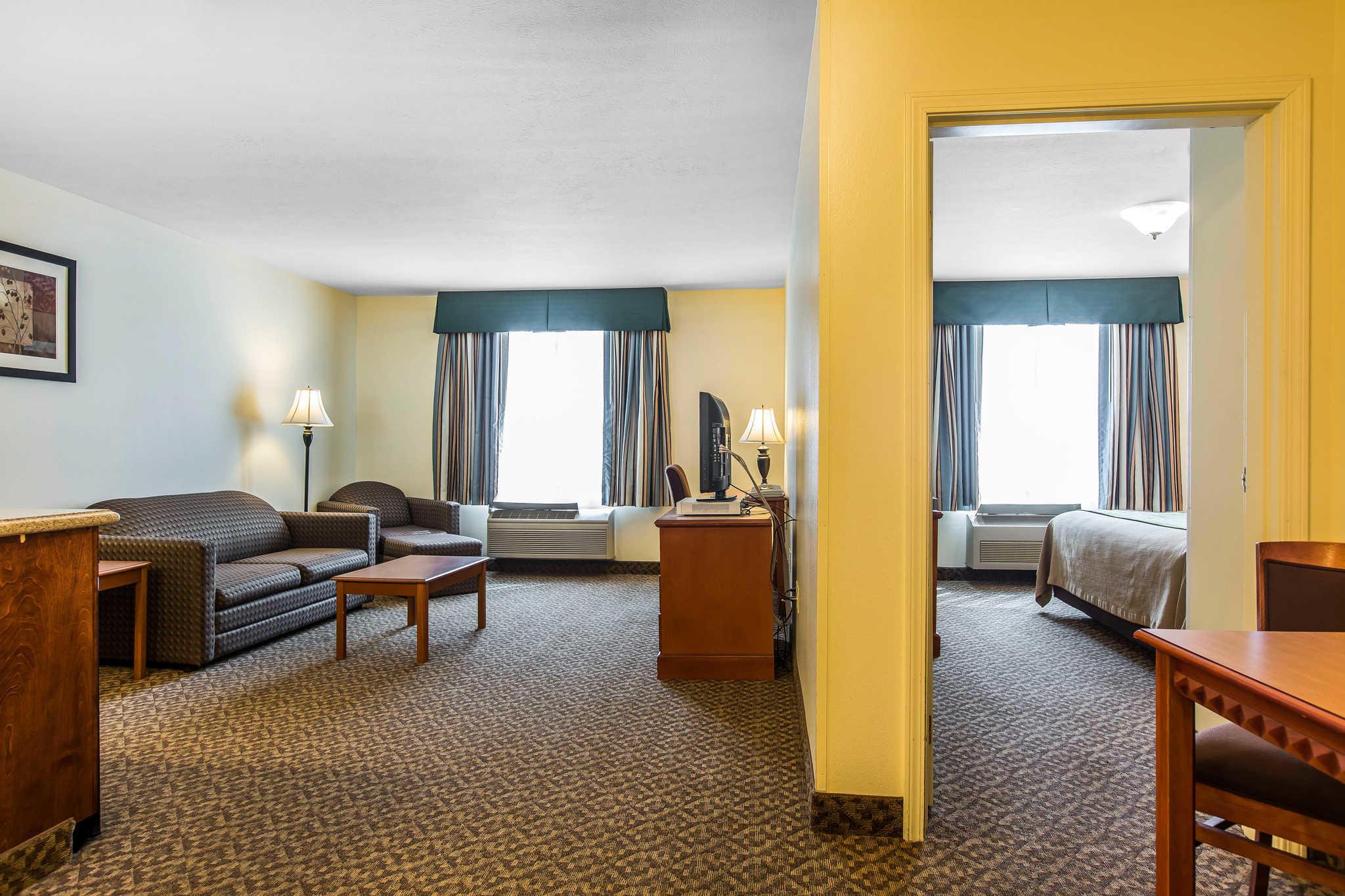 Comfort Inn & Suites El Centro I-8 image 22